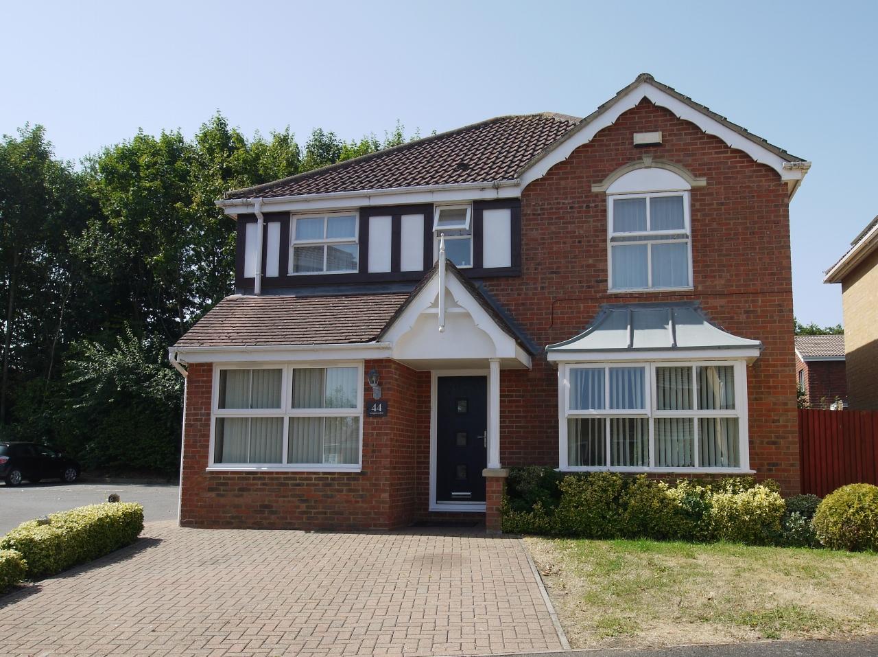 4 bedroom detached house Let in Sevenoaks - Main Image