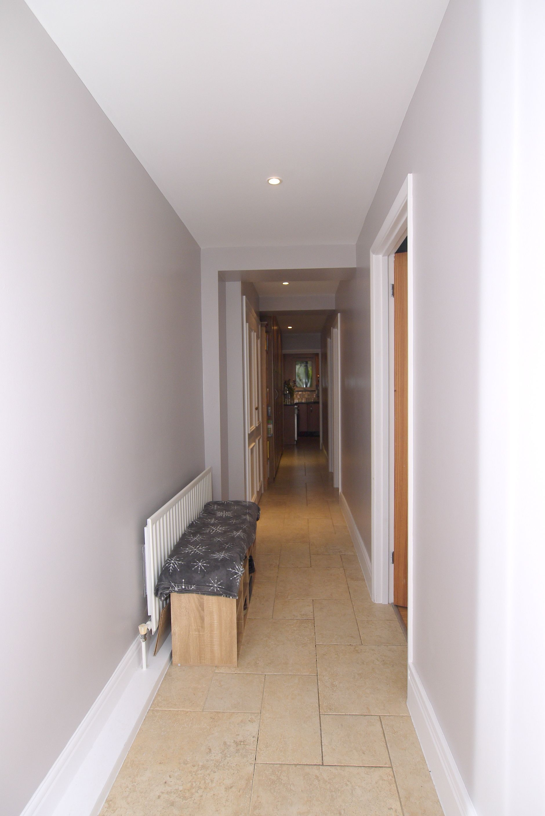 2 bedroom ground floor flat/apartment For Sale in Sevenoaks - Photograph 7