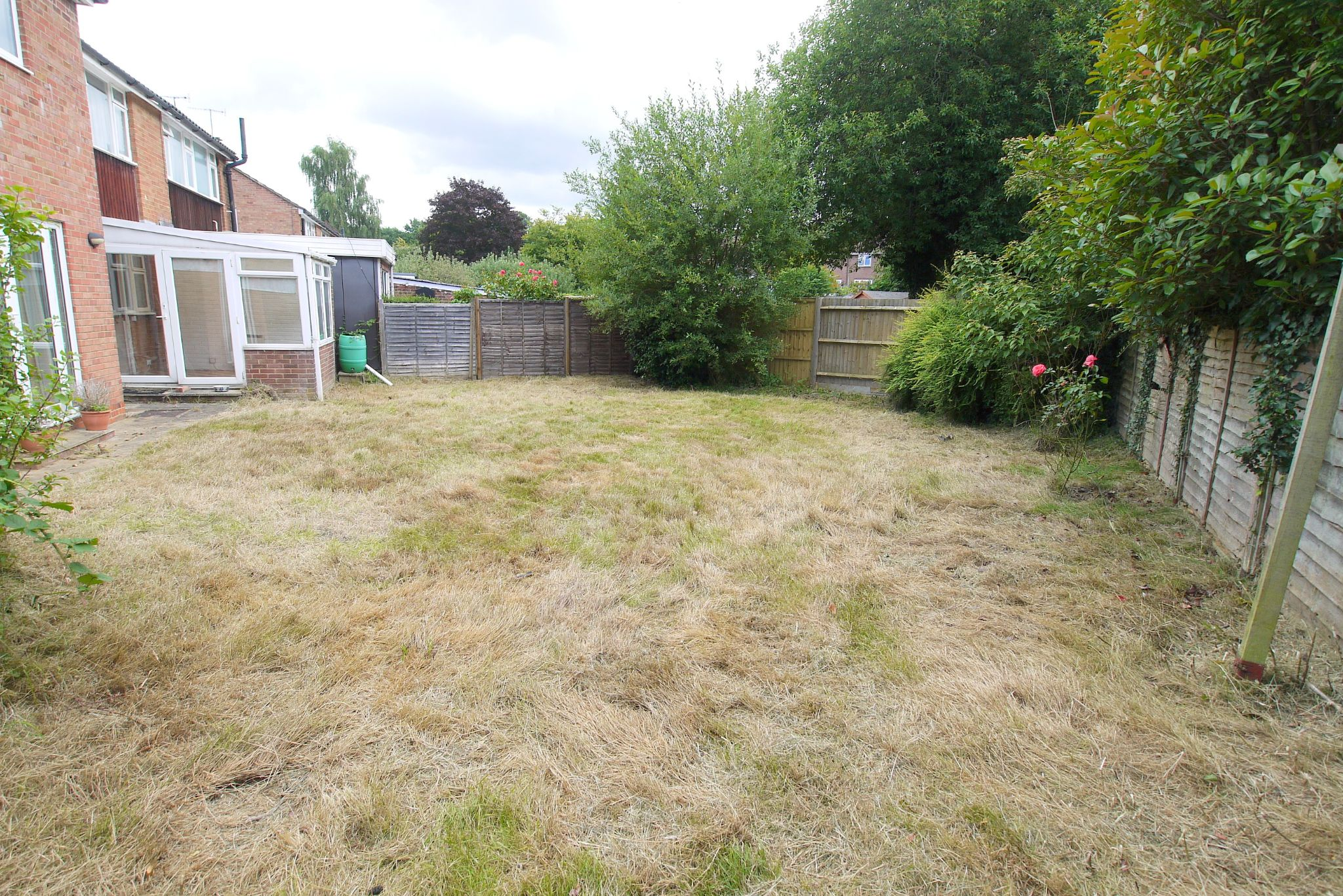 5 bedroom semi-detached house Sold in Sevenoaks - Photograph 11