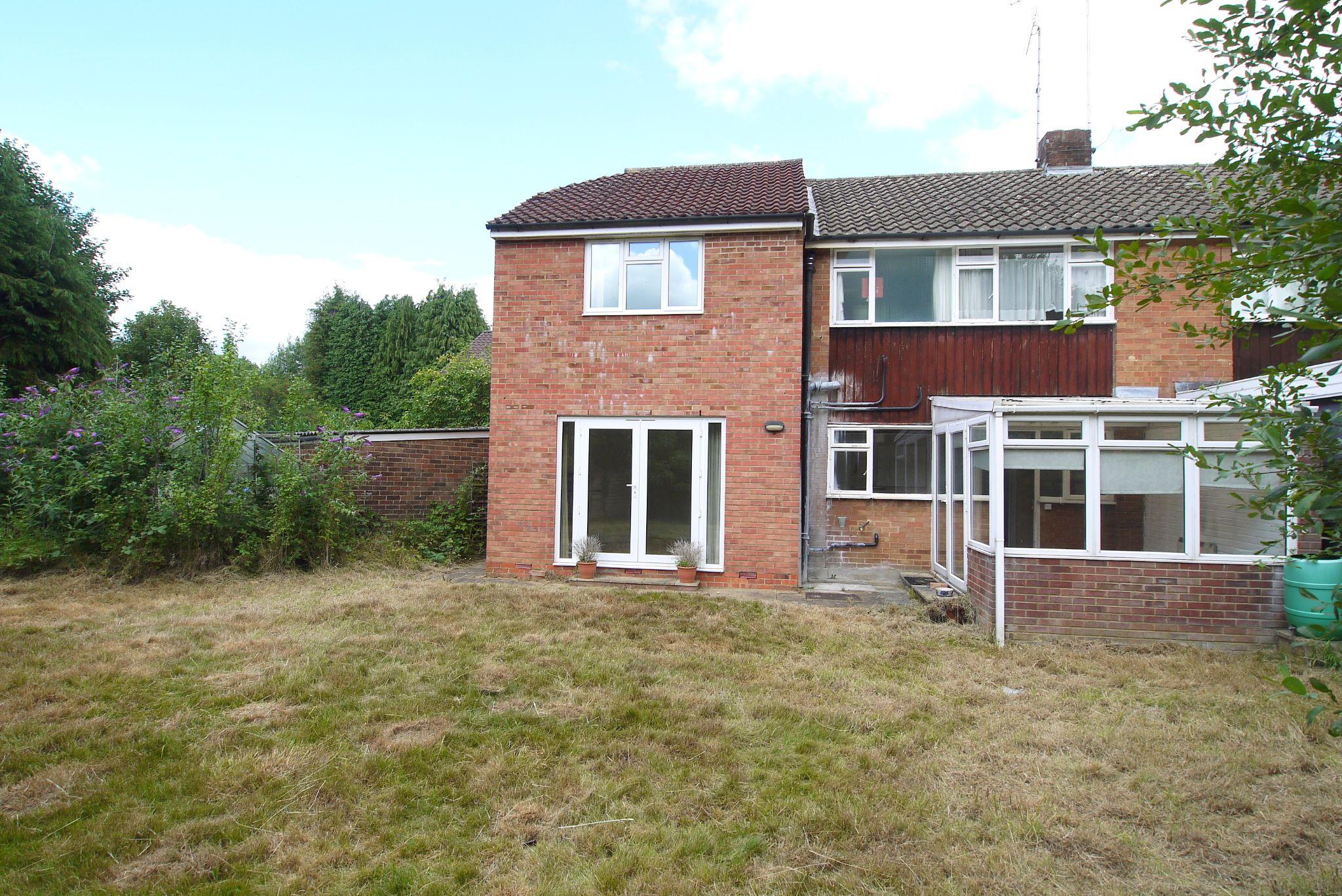 5 bedroom semi-detached house Sold in Sevenoaks - Photograph 12