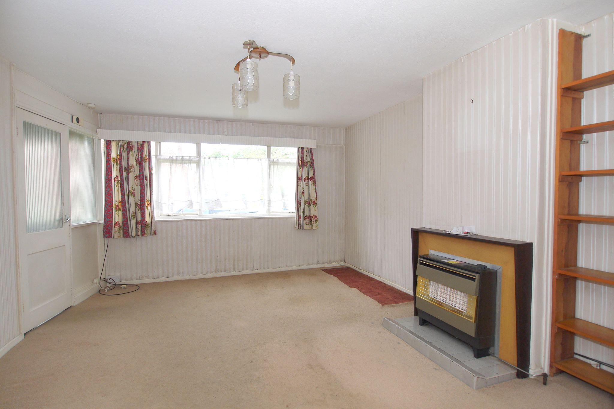 5 bedroom semi-detached house Sold in Sevenoaks - Photograph 3