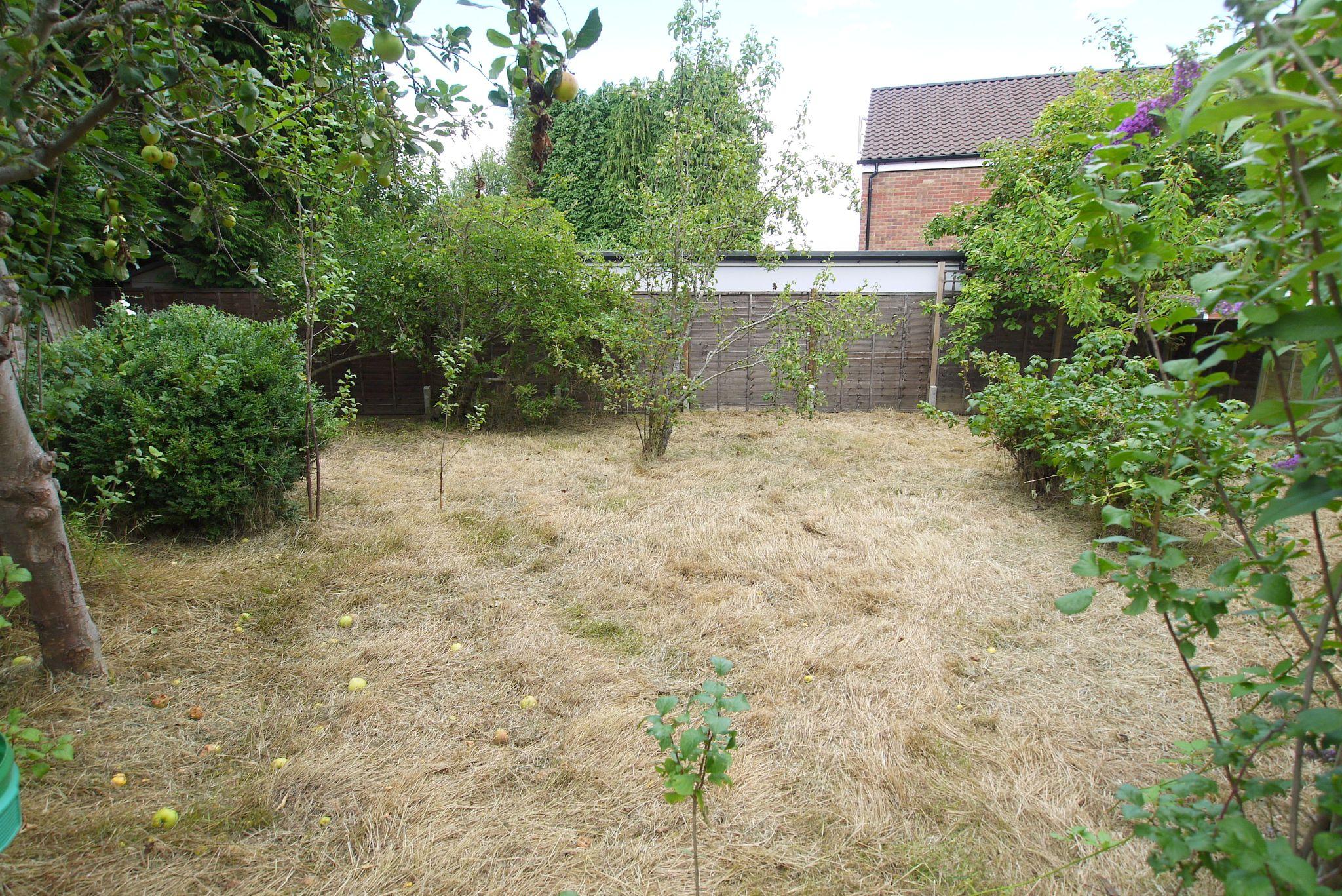 5 bedroom semi-detached house Sold in Sevenoaks - Photograph 10