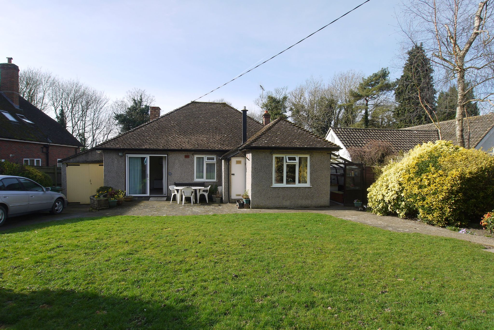 3 bedroom detached bungalow Sale Agreed in Sevenoaks - Photograph 12