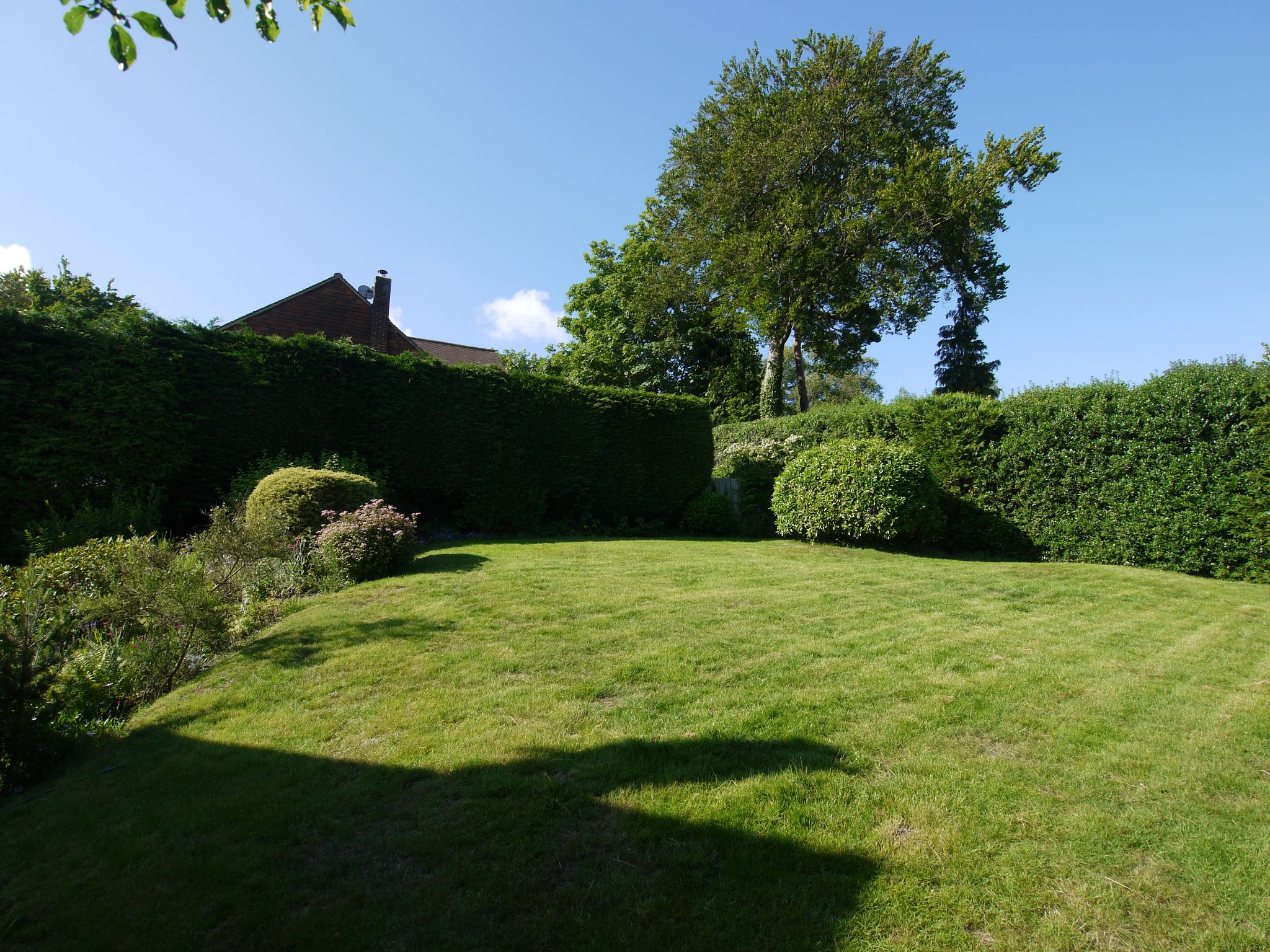 4 bedroom detached house Sold in Sevenoaks - Photograph 9