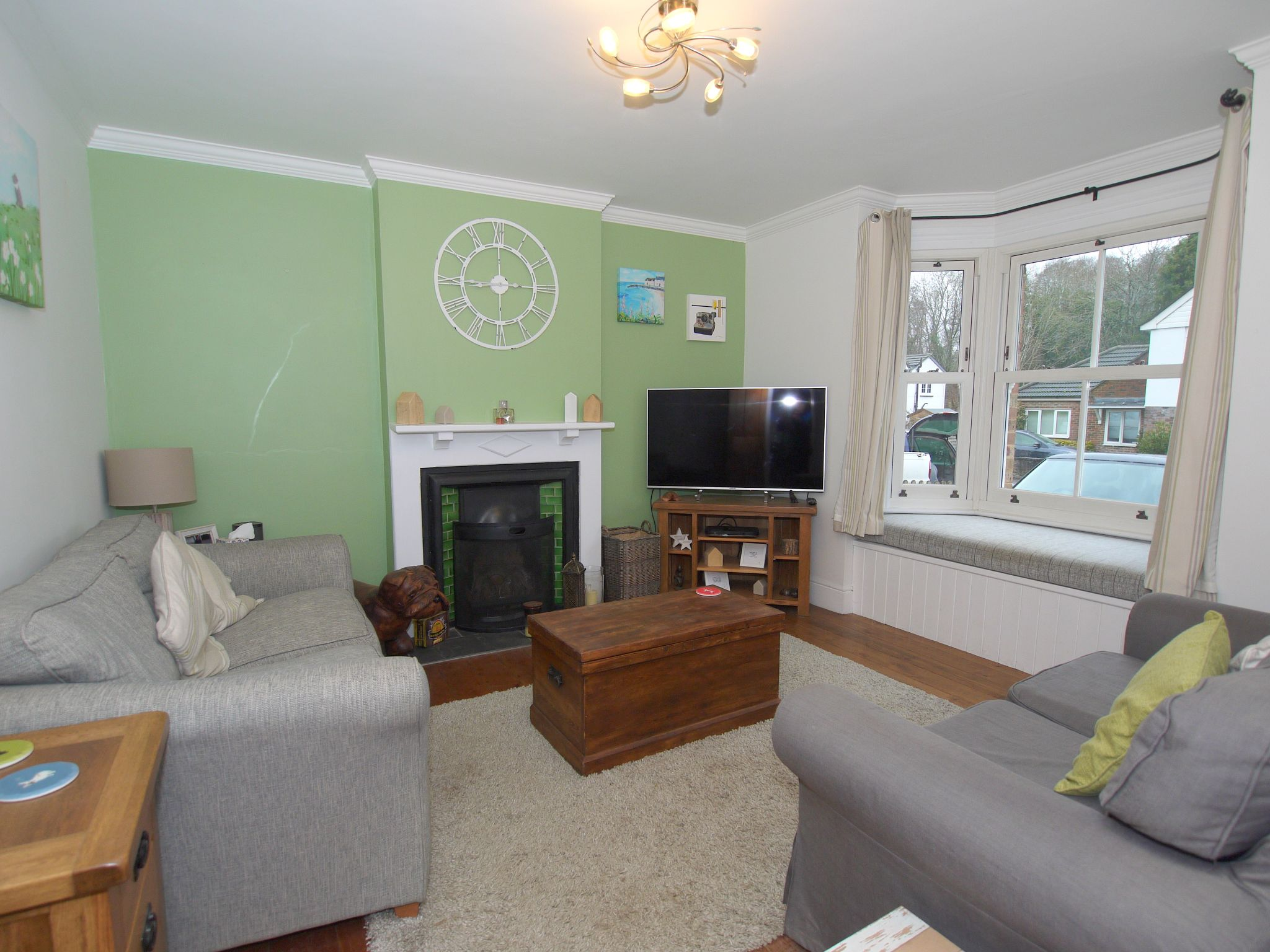 3 bedroom semi-detached house For Sale in Sevenoaks - Photograph 5