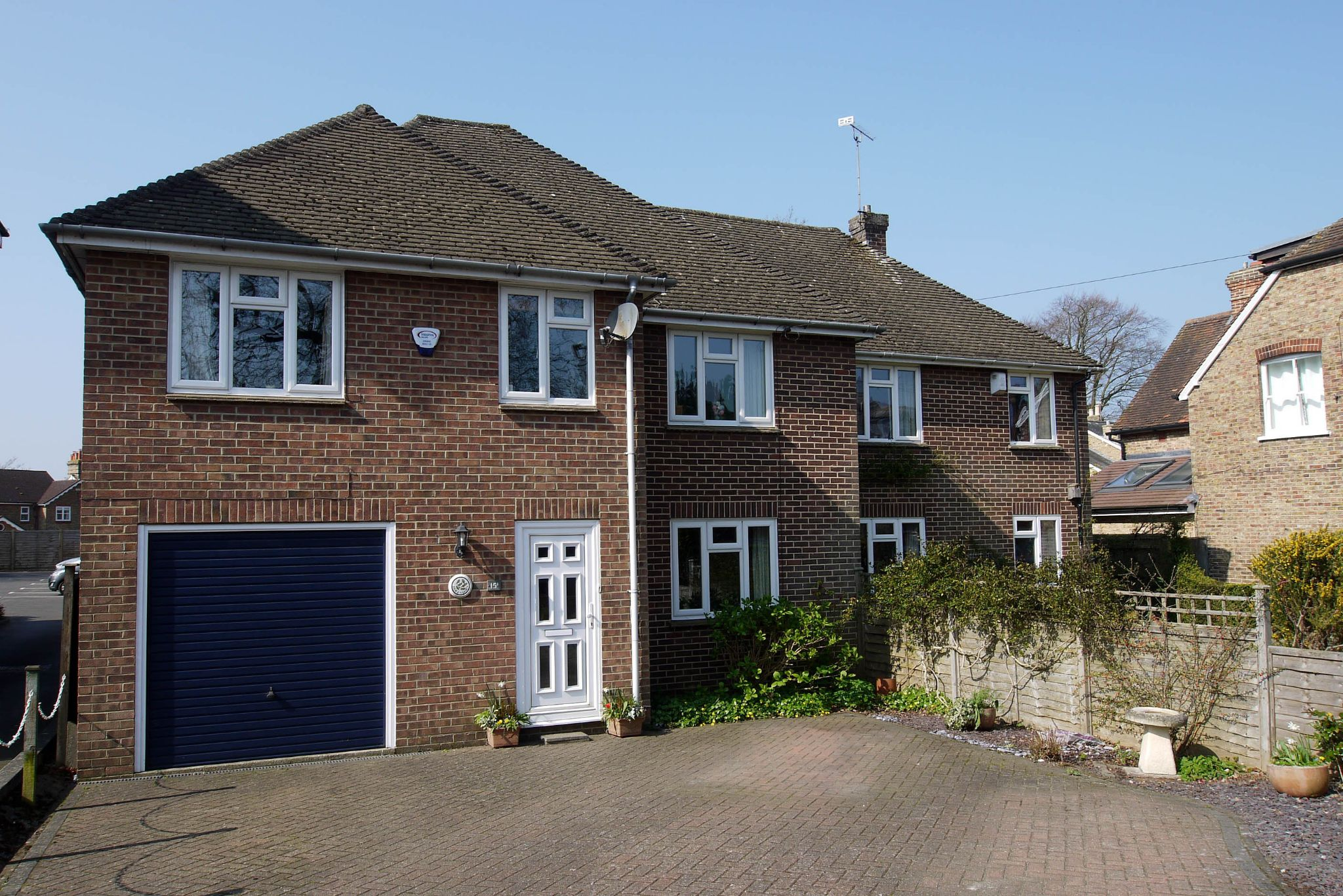 4 bedroom semi-detached house Sold in Sevenoaks - Photograph 1