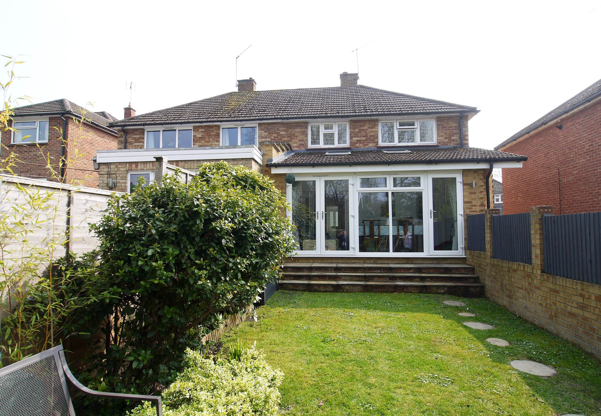 3 bedroom semi-detached house For Sale in Sevenoaks - Photograph 11