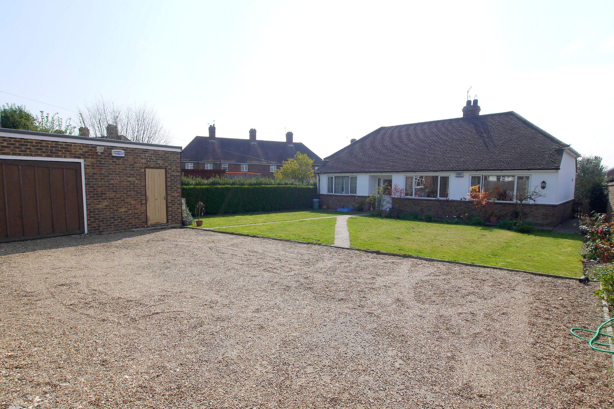 2 bedroom detached bungalow For Sale in Sevenoaks - Photograph 1