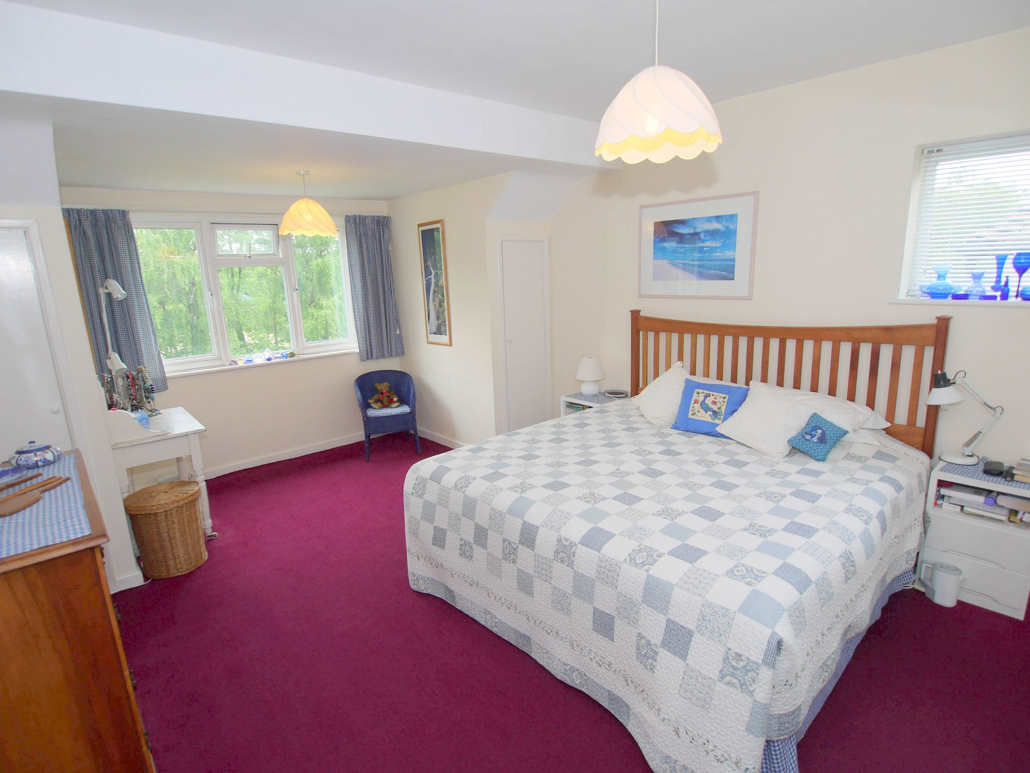 5 bedroom detached house Sold in Sevenoaks - Photograph 8