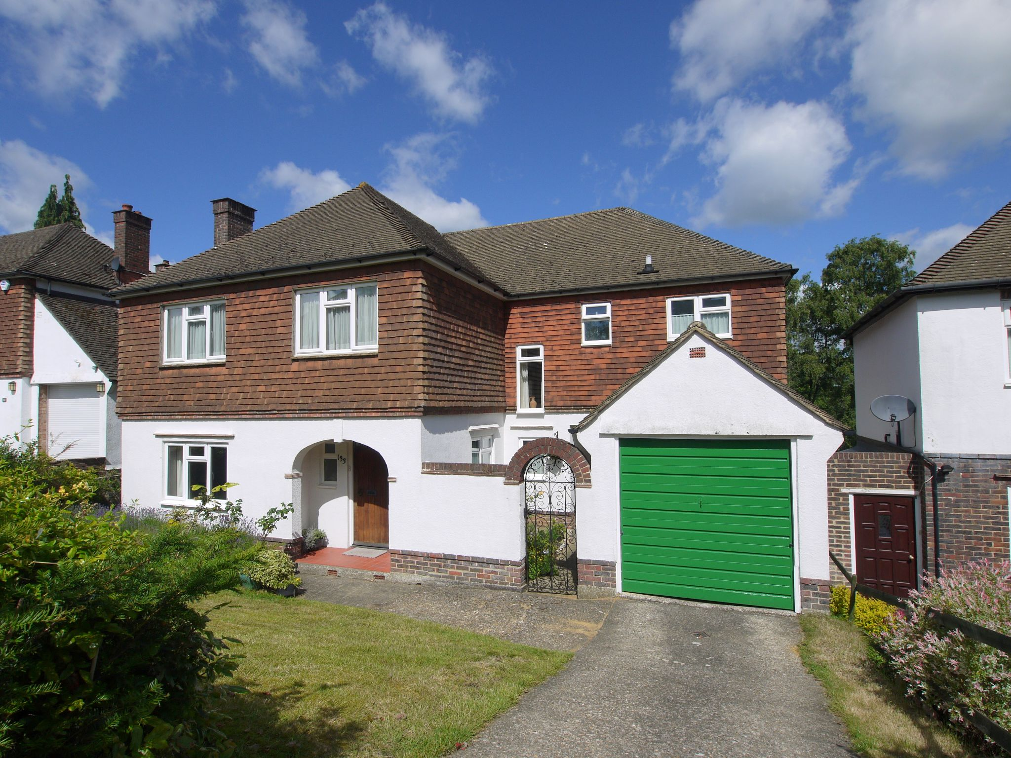 5 bedroom detached house Sold in Sevenoaks - Photograph 1
