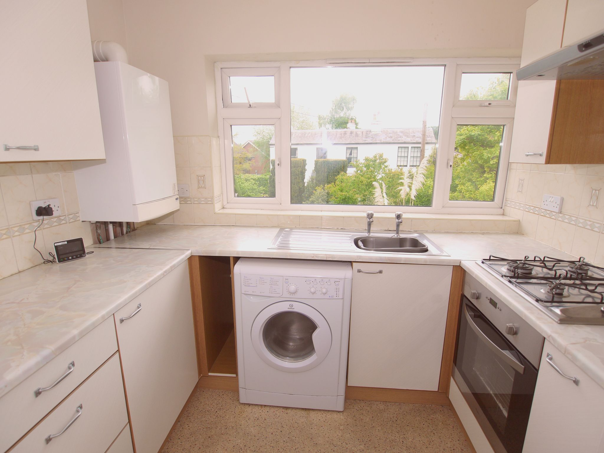 2 bedroom apartment flat/apartment For Sale in Sevenoaks - Property photograph
