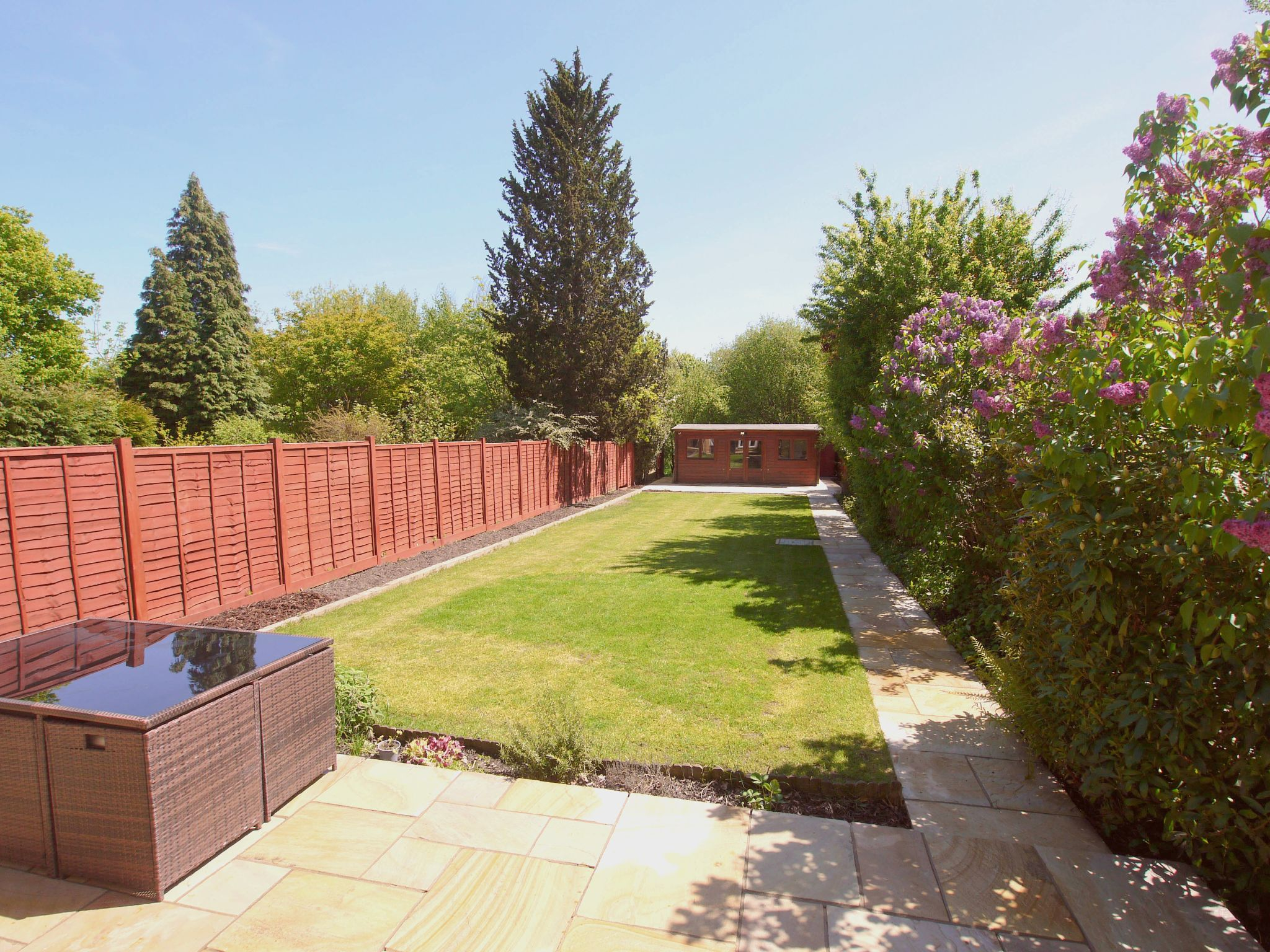 3 bedroom detached house For Sale in Sevenoaks - Photograph 11
