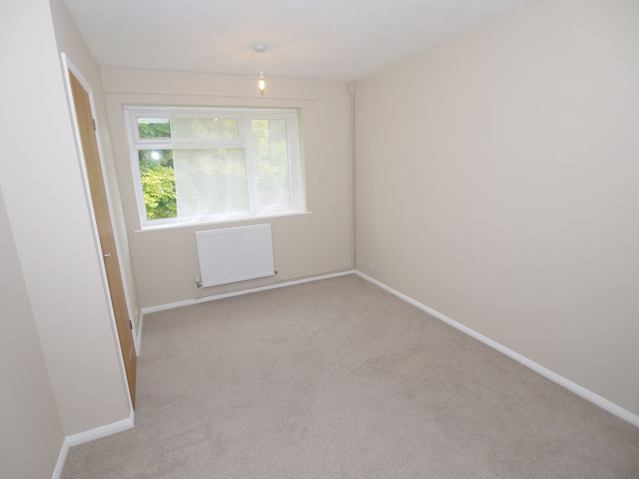 3 bedroom apartment flat/apartment To Let in Sevenoaks - Photograph 5