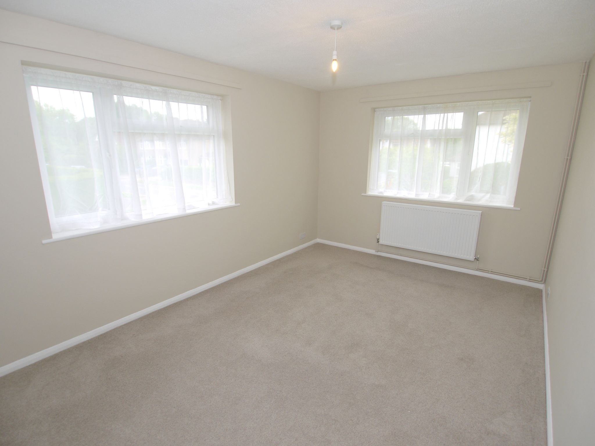 3 bedroom apartment flat/apartment To Let in Sevenoaks - Photograph 4