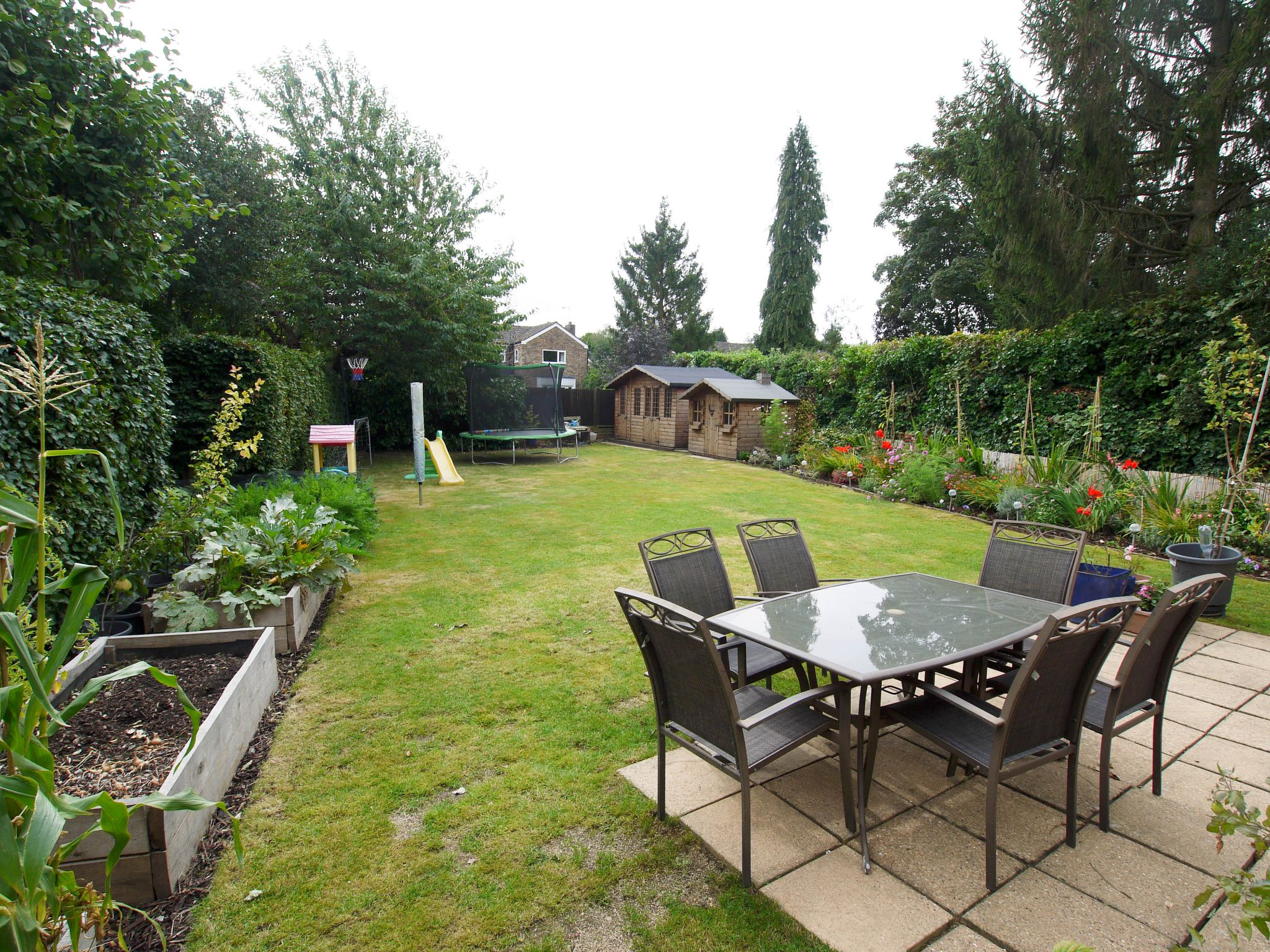 4 bedroom detached house For Sale in Sevenoaks - Photograph 13