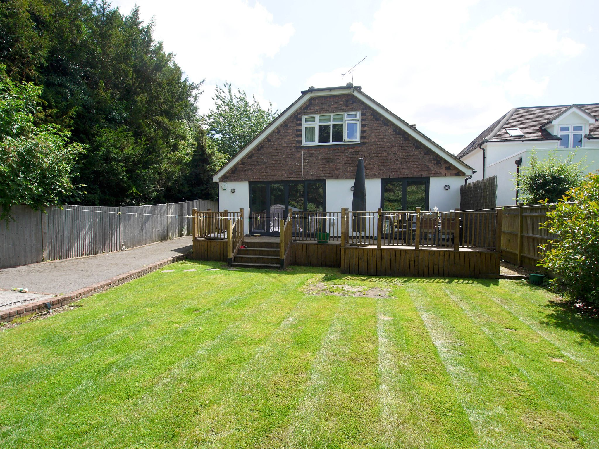 5 bedroom detached house Sold in Sevenoaks - Photograph 13