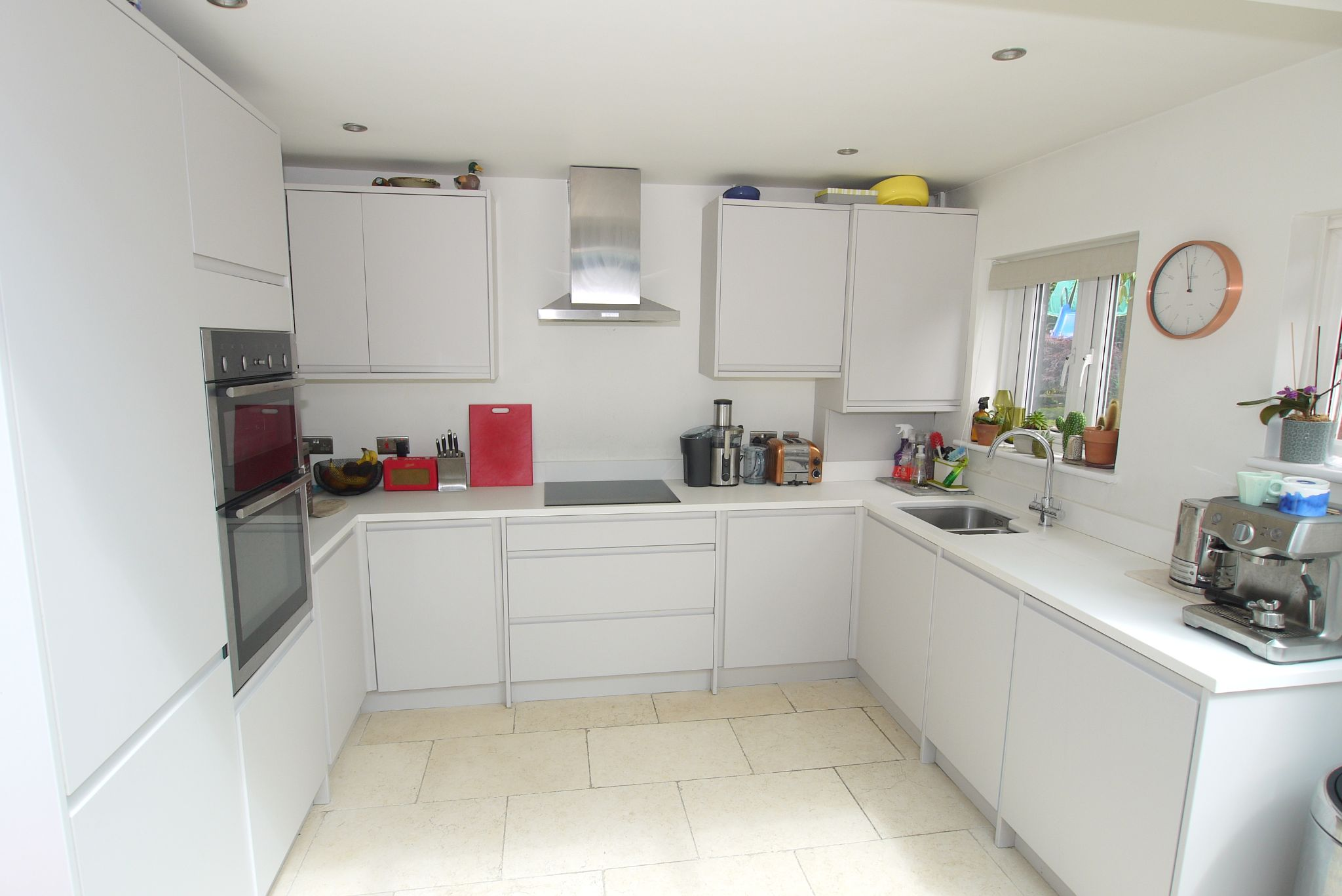 2 bedroom mid terraced house Sold in Seal - Photograph 3