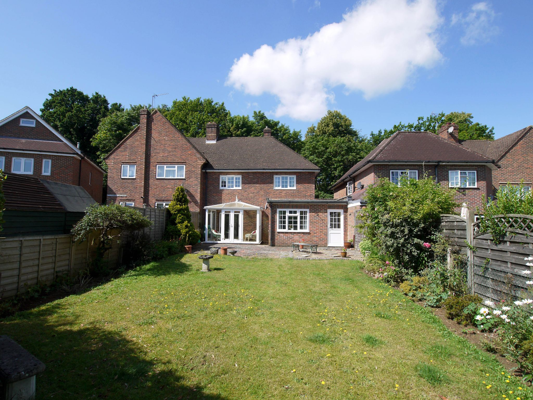 3 bedroom semi-detached house Sold in Sevenoaks - Photograph 14