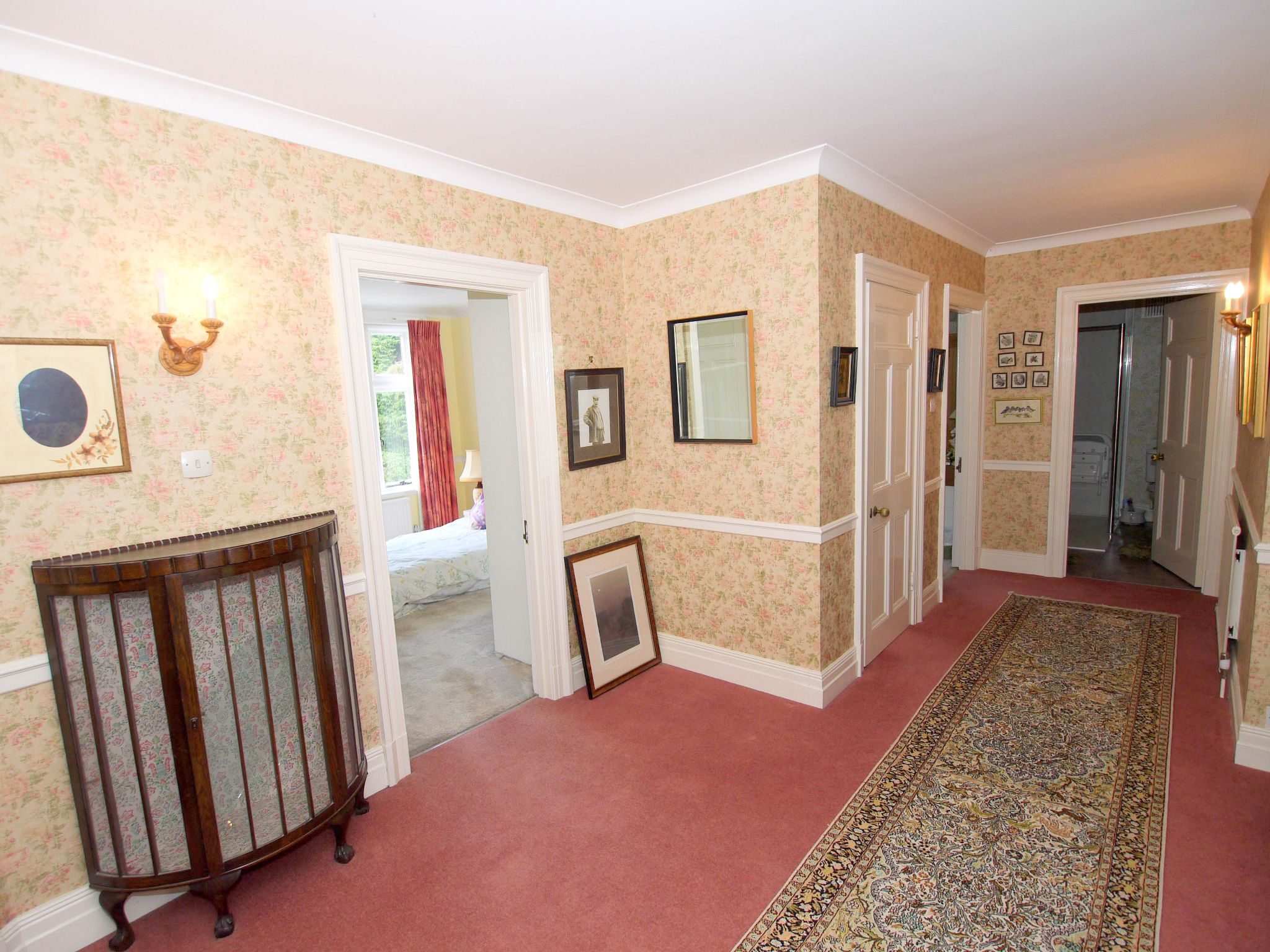 4 bedroom semi-detached house Sale Agreed in Otford - Photograph 11
