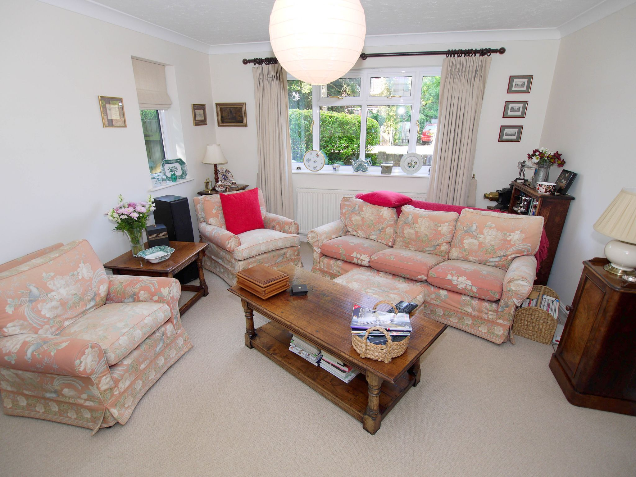 3 bedroom detached house For Sale in Sevenoaks - Property photograph