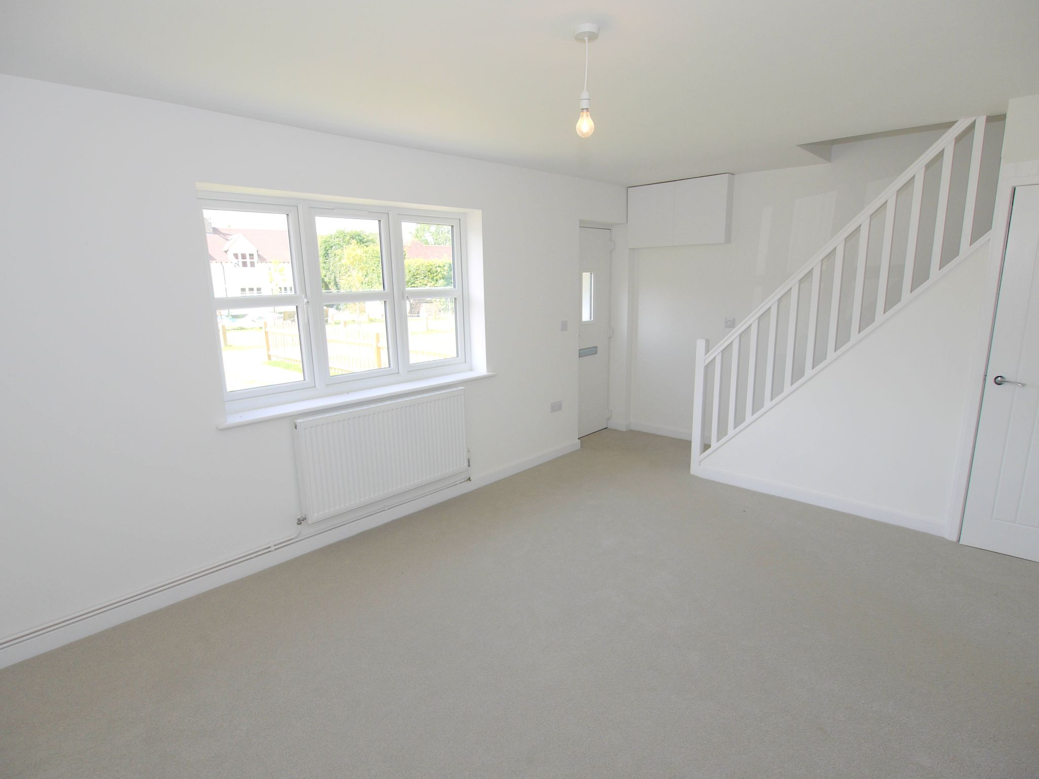 3 bedroom end terraced house Sold in Tonbridge - Photograph 5
