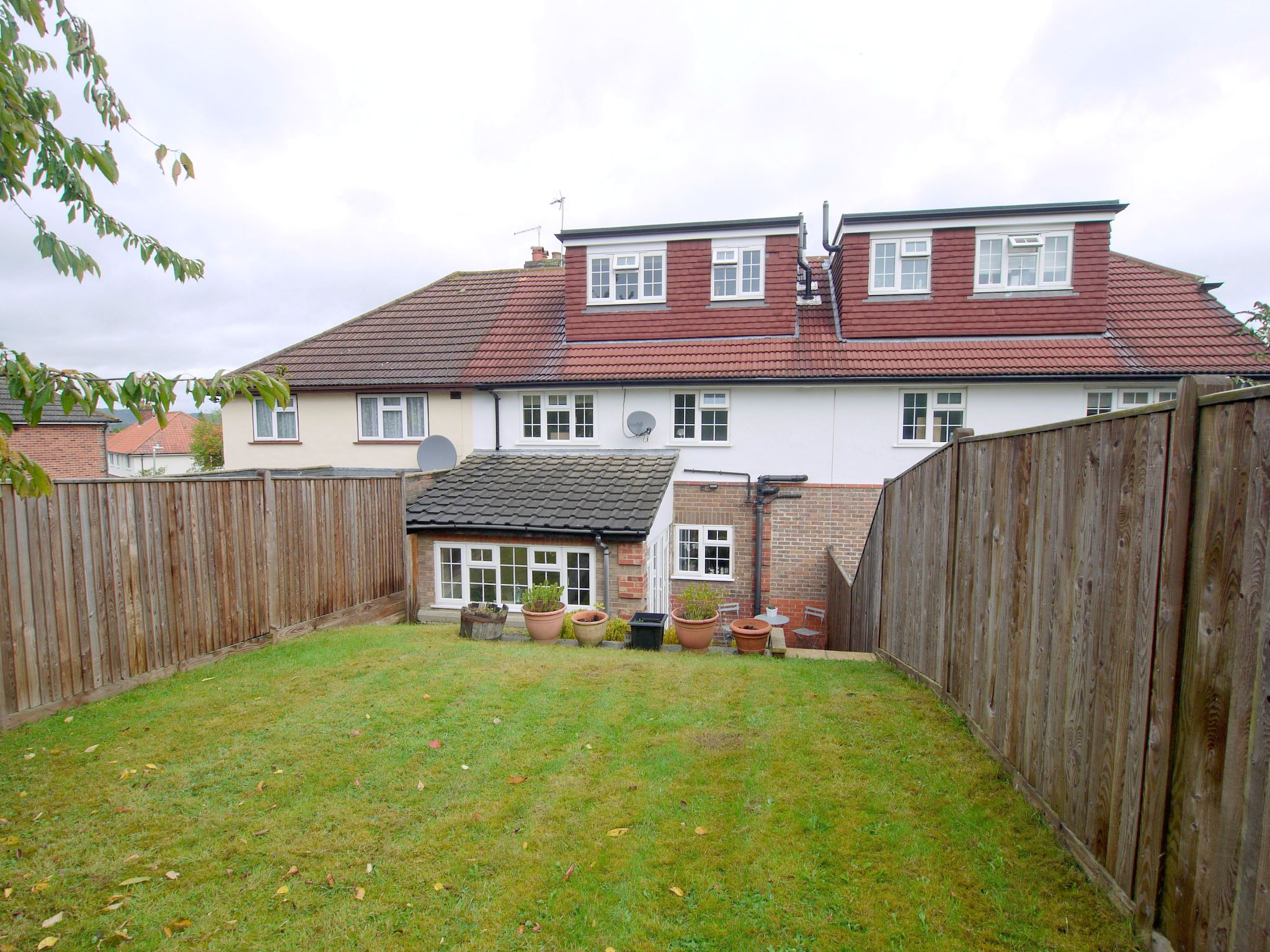4 bedroom mid terraced house Sold in Sevenoaks - Photograph 15