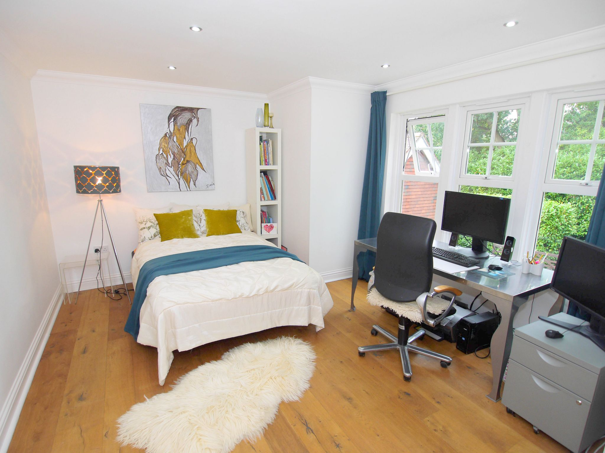 6 bedroom detached house For Sale in Sevenoaks - Photograph 10