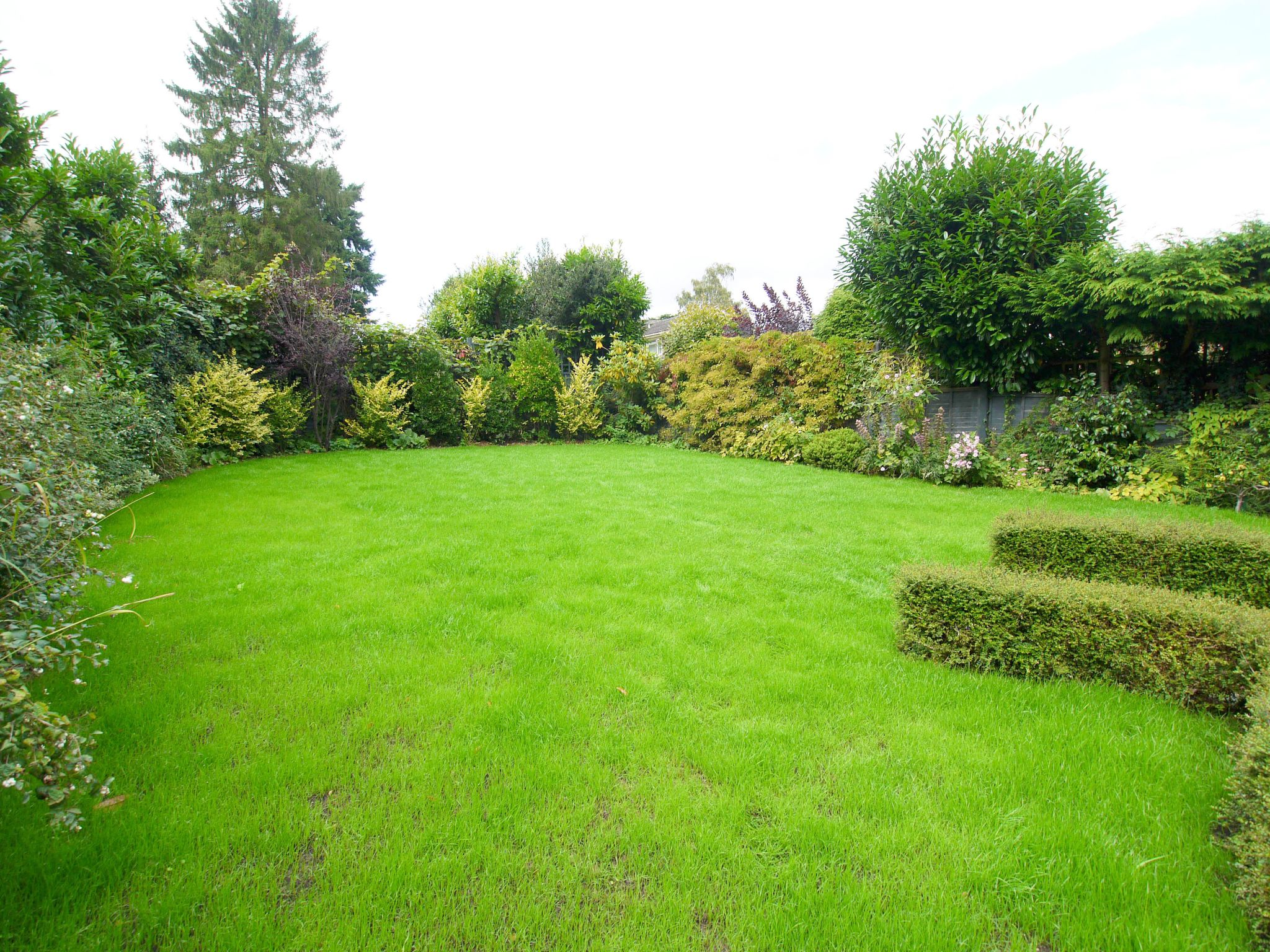 6 bedroom detached house For Sale in Sevenoaks - Photograph 19