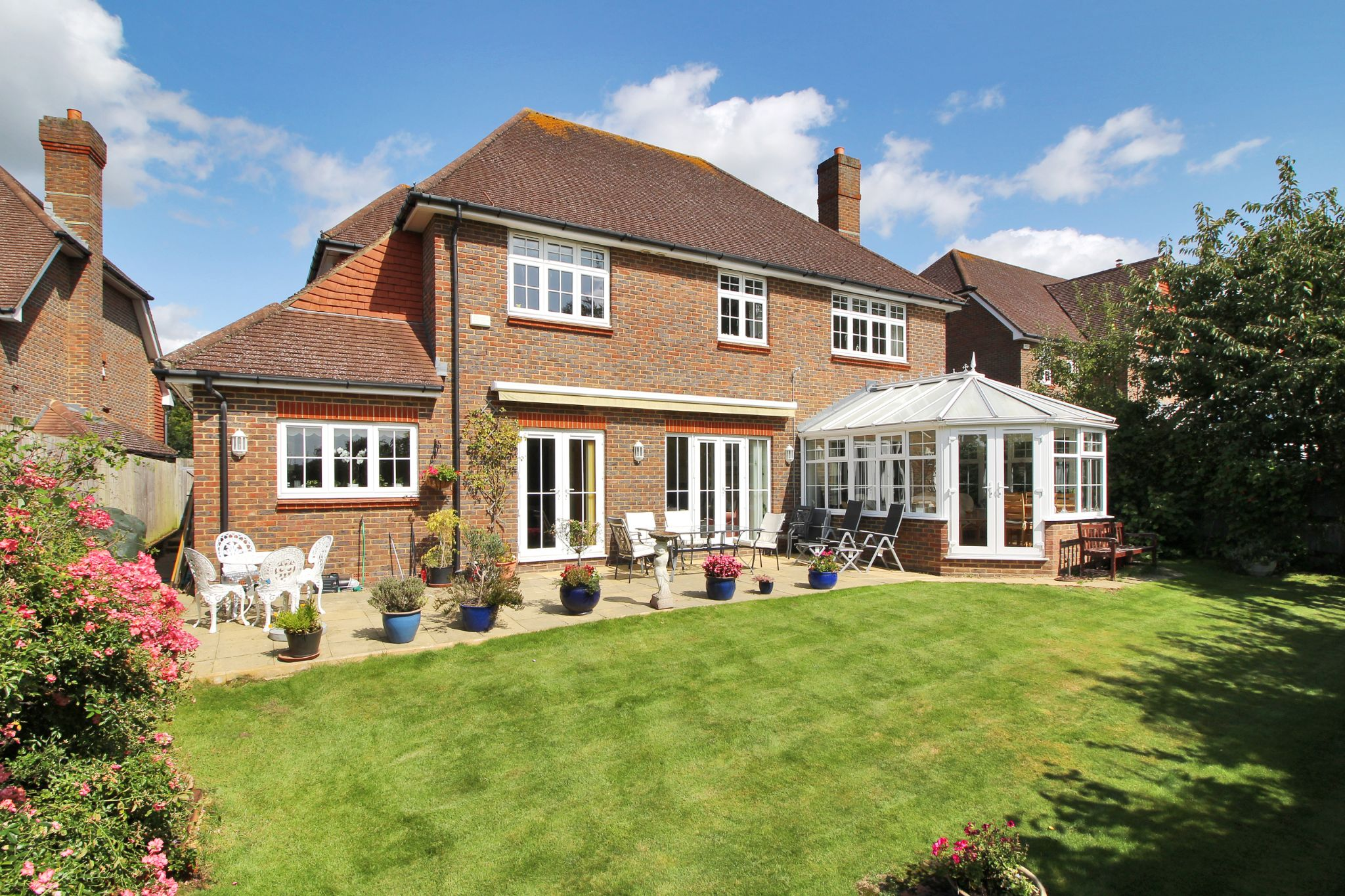 5 bedroom detached house Sold in Sevenoaks - Photograph 11