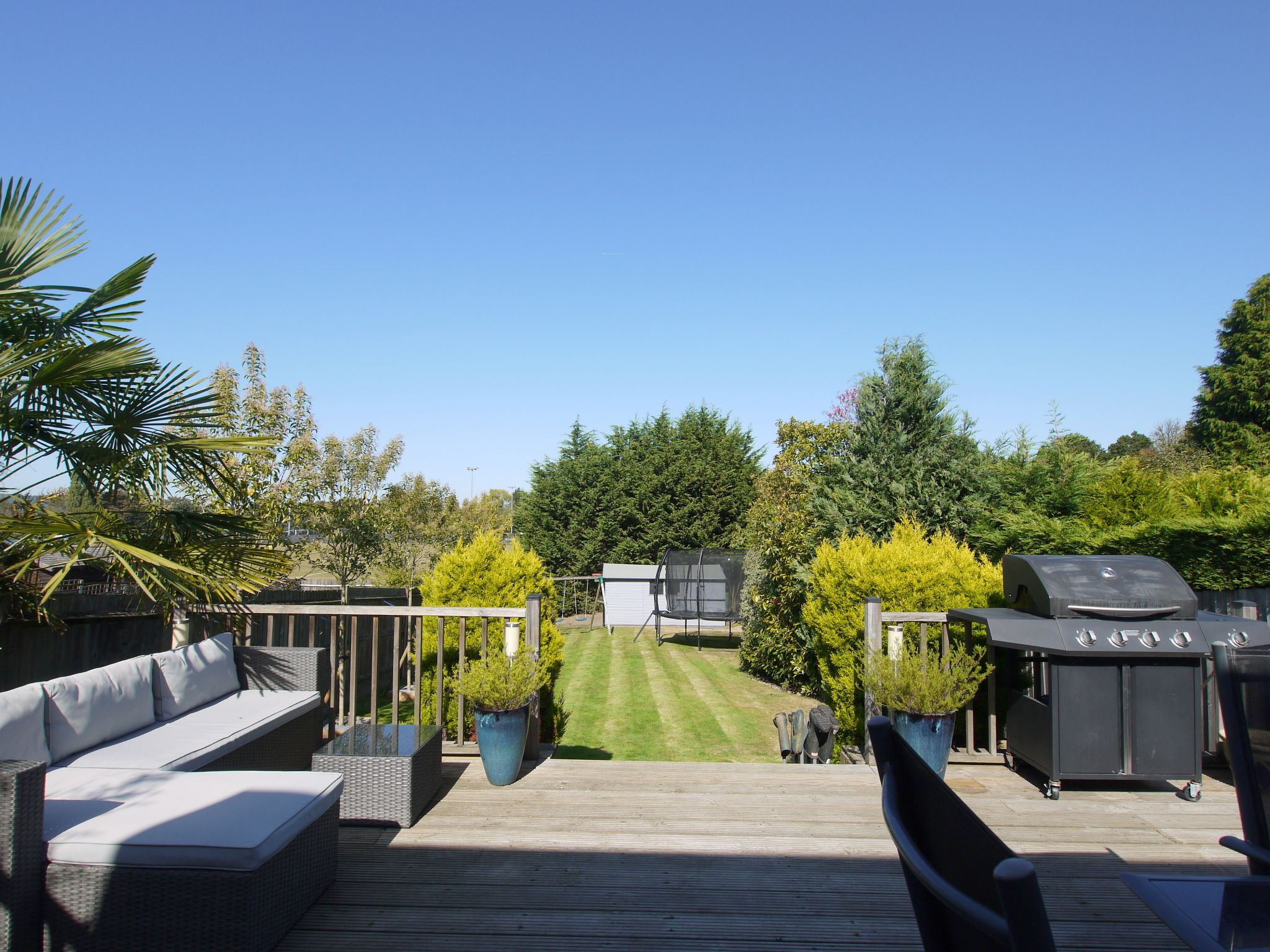 3 bedroom semi-detached house Sold in Sevenoaks - Photograph 9