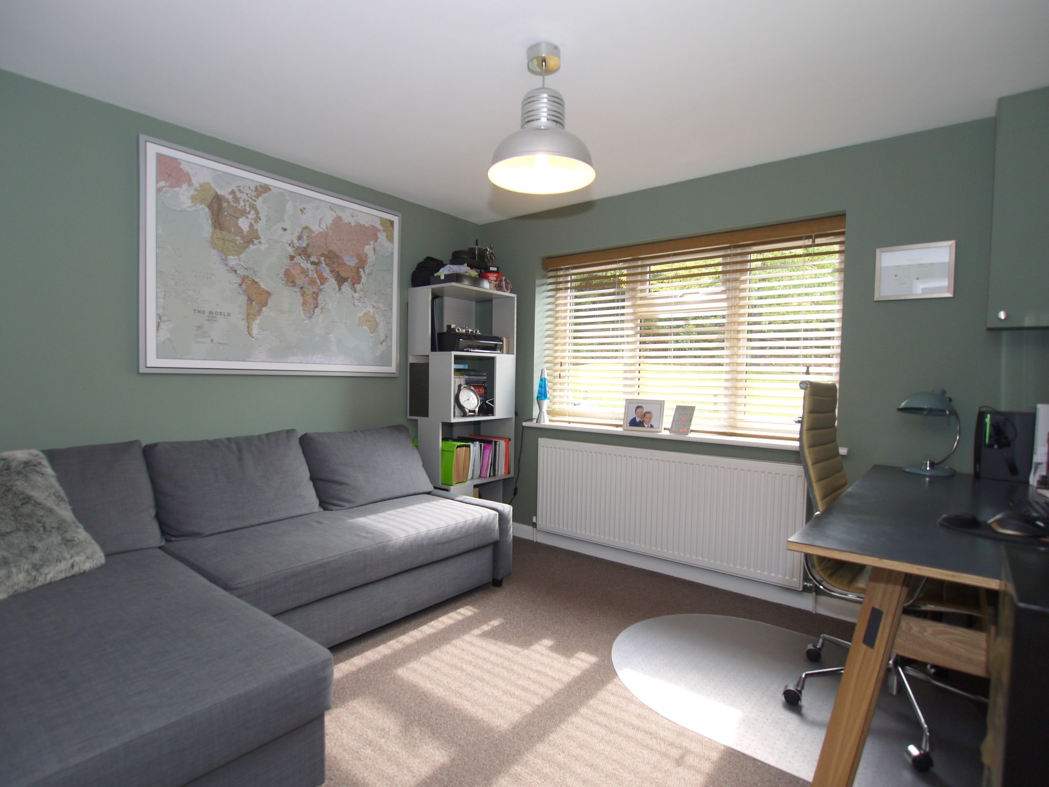 3 bedroom semi-detached house Sold in Sevenoaks - Photograph 4