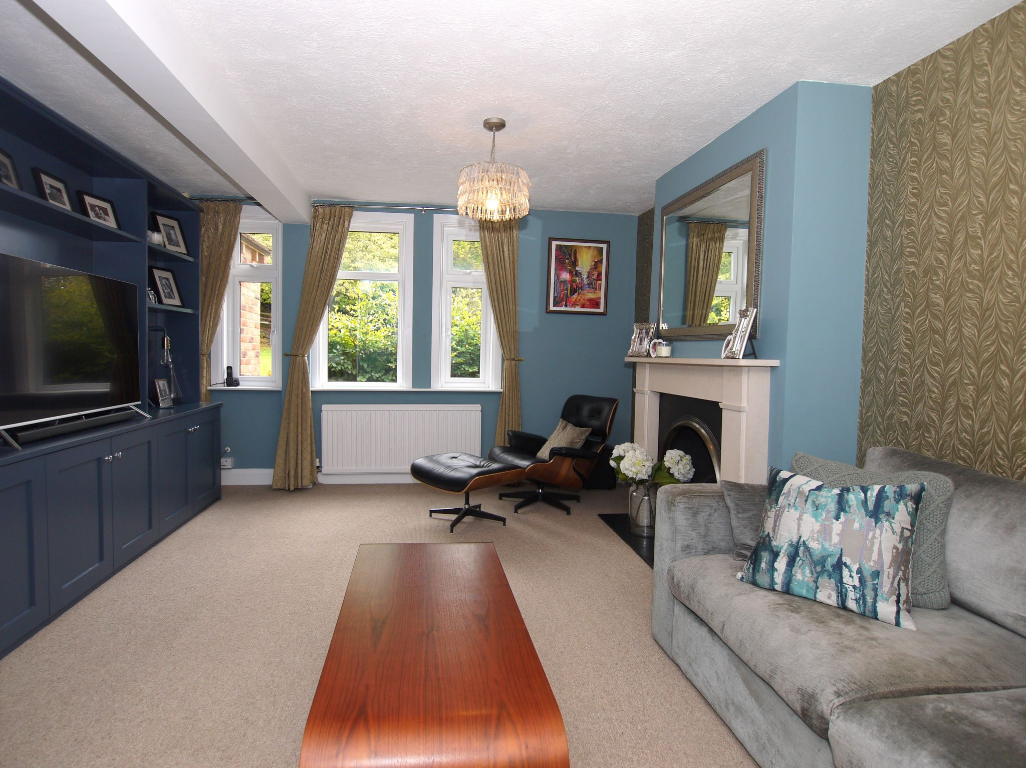 3 bedroom semi-detached house Sold in Sevenoaks - Photograph 7