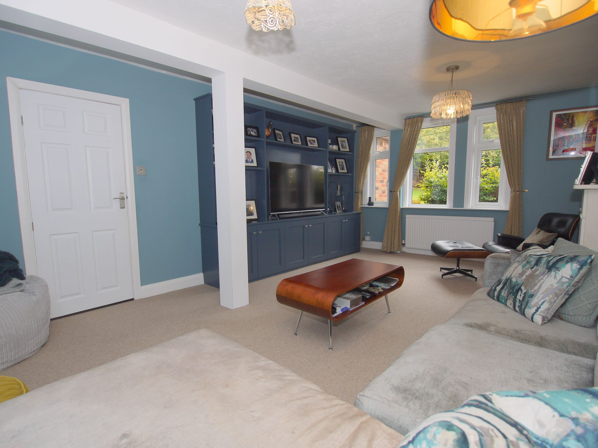 3 bedroom semi-detached house Sold in Sevenoaks - Photograph 5