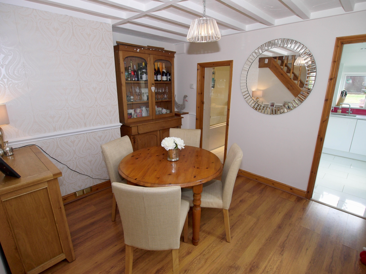 2 bedroom end terraced house To Let in Sevenoaks - Photograph 5
