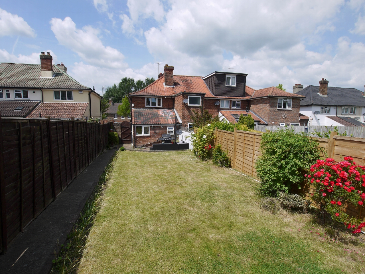 2 bedroom end terraced house To Let in Sevenoaks - Photograph 10