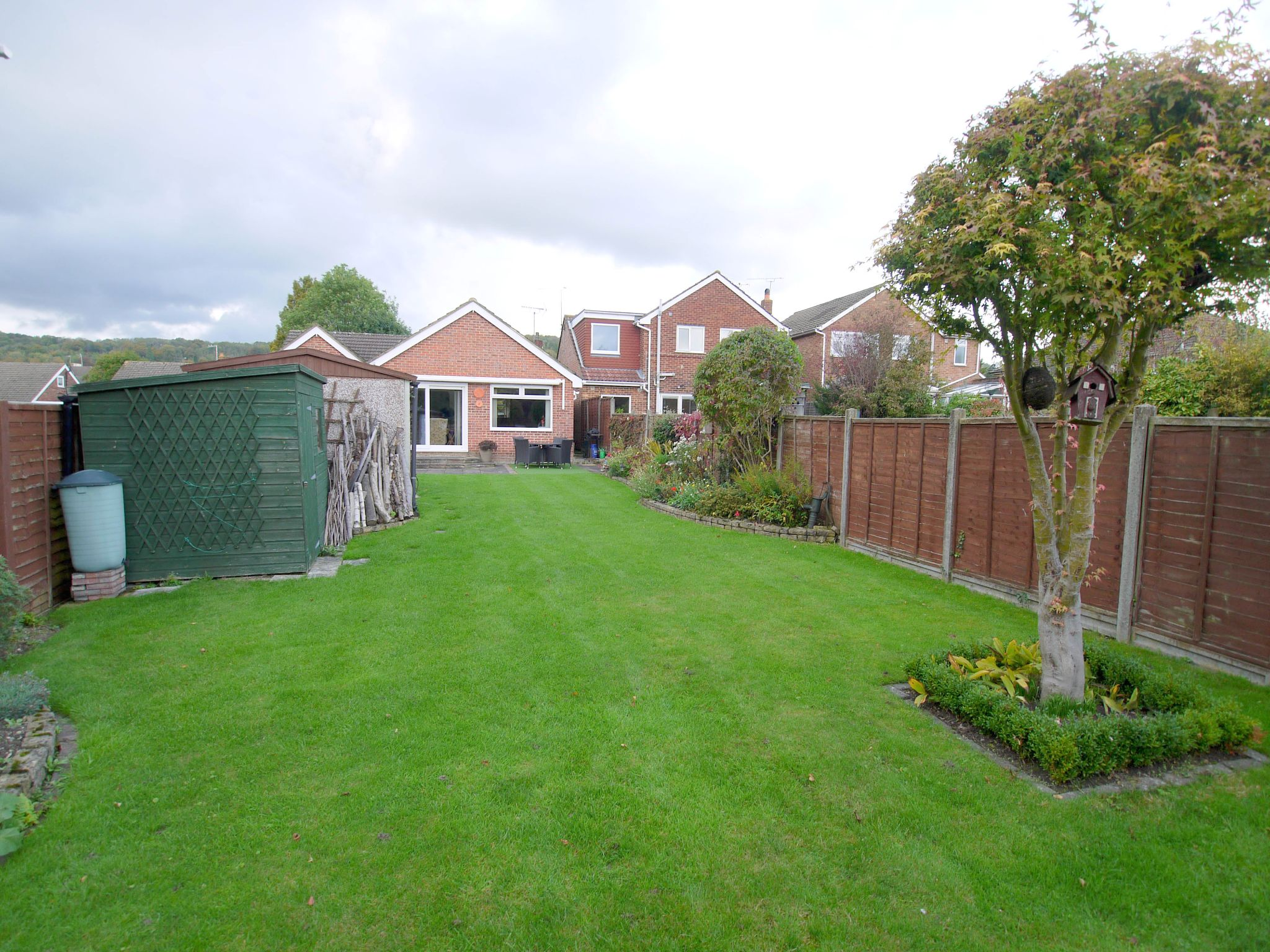 3 bedroom detached bungalow Sold in Sevenoaks - Photograph 2