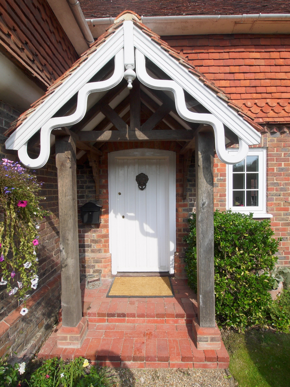 4 bedroom detached house Sold in Tonbridge - Photograph 21