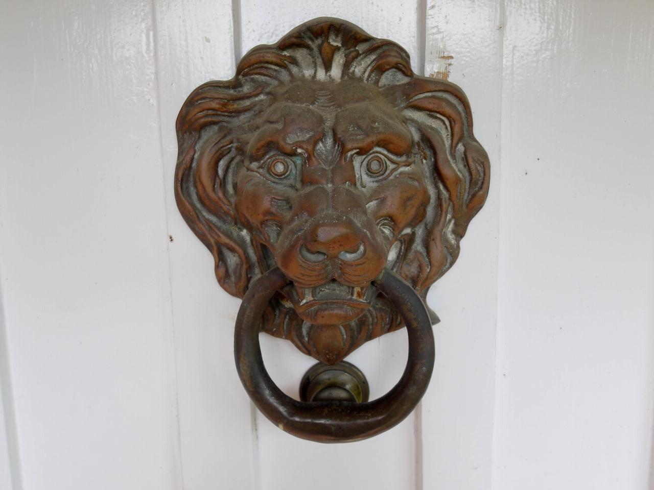 4 bedroom detached house Sold in Tonbridge - Photograph 22