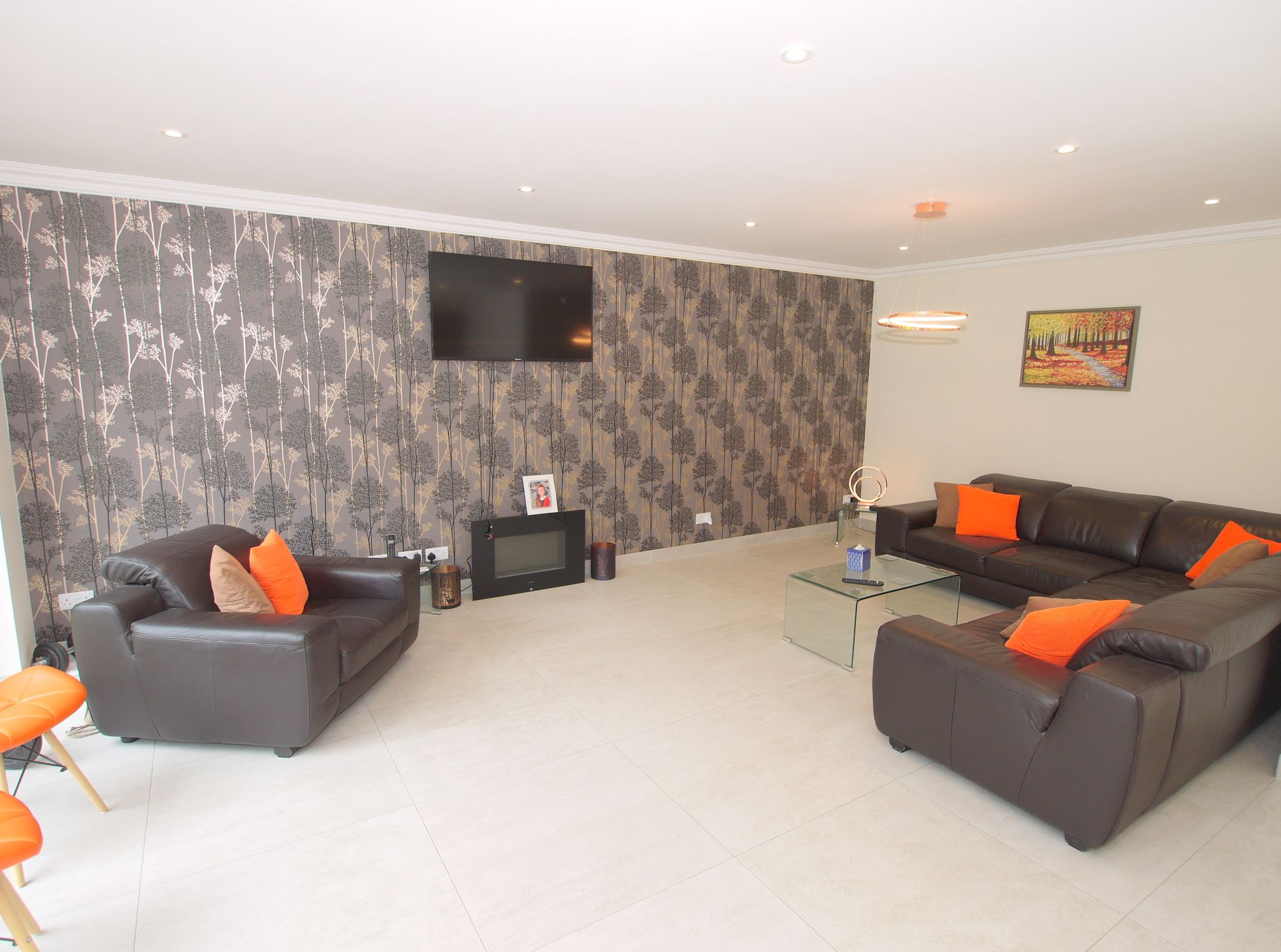 5 bedroom detached house Sold in Sevenoaks - Photograph 4