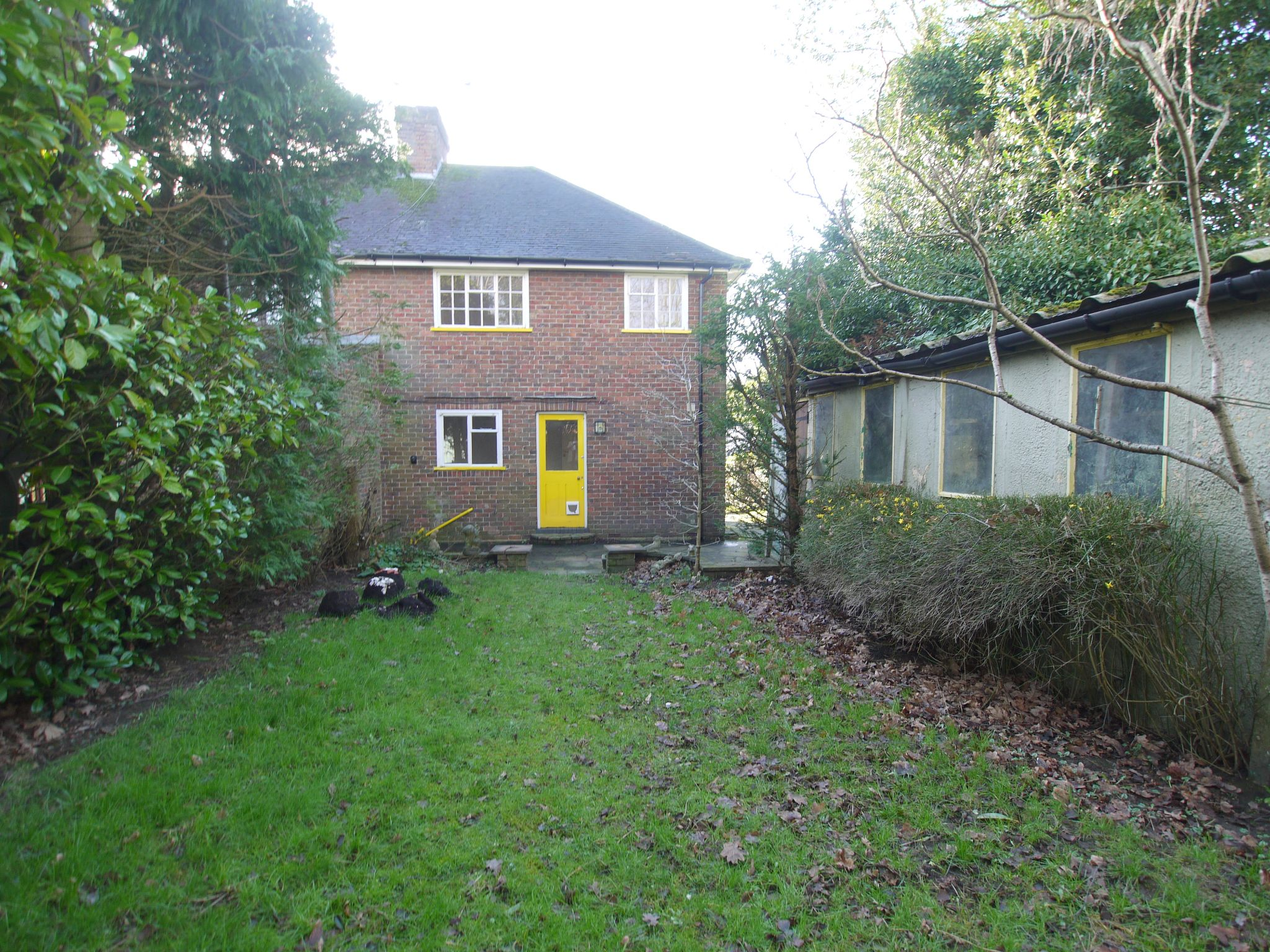 3 bedroom semi-detached house Sale Agreed in Sevenoaks - Photograph 8