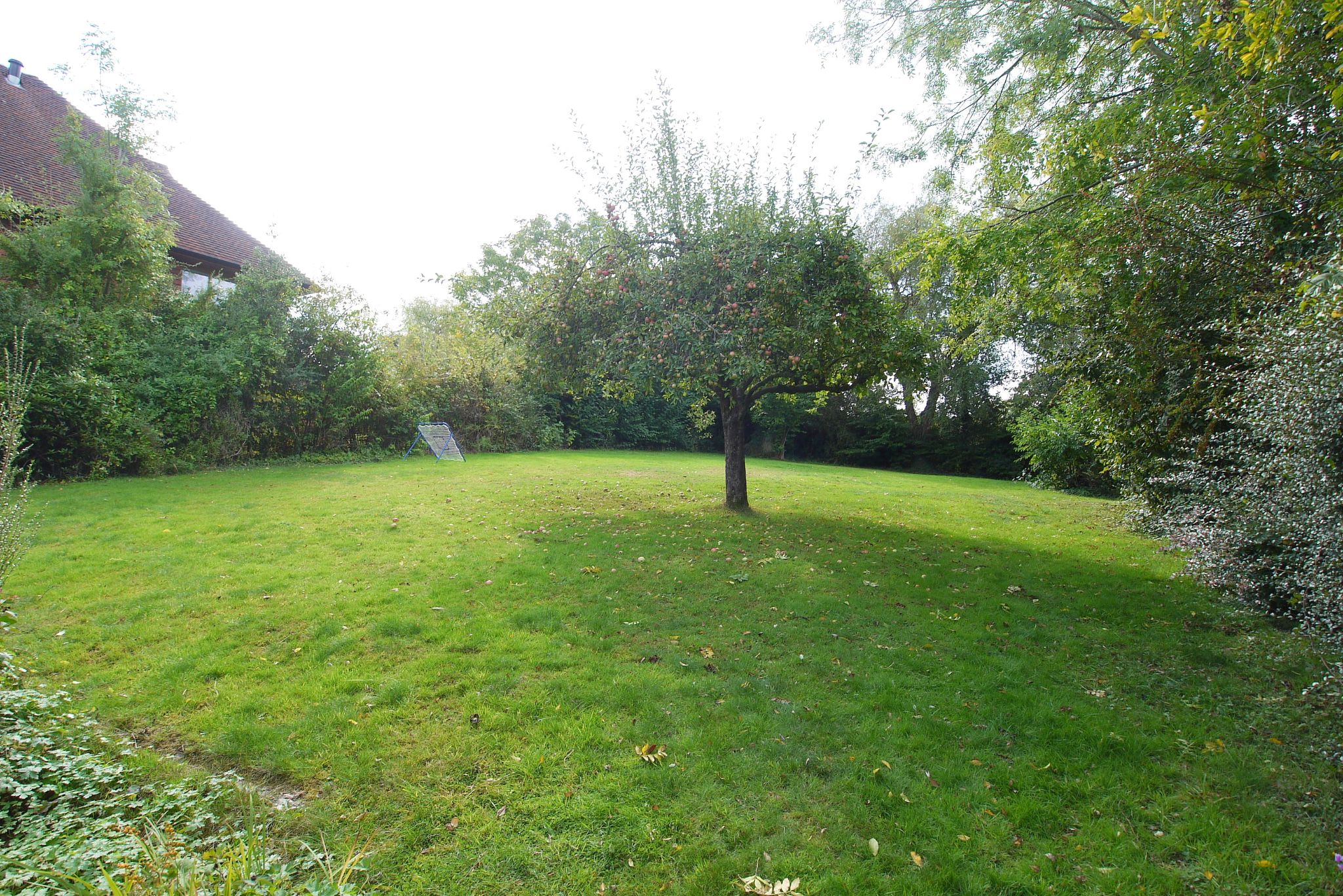 5 bedroom detached house For Sale in Sevenoaks - Photograph 14