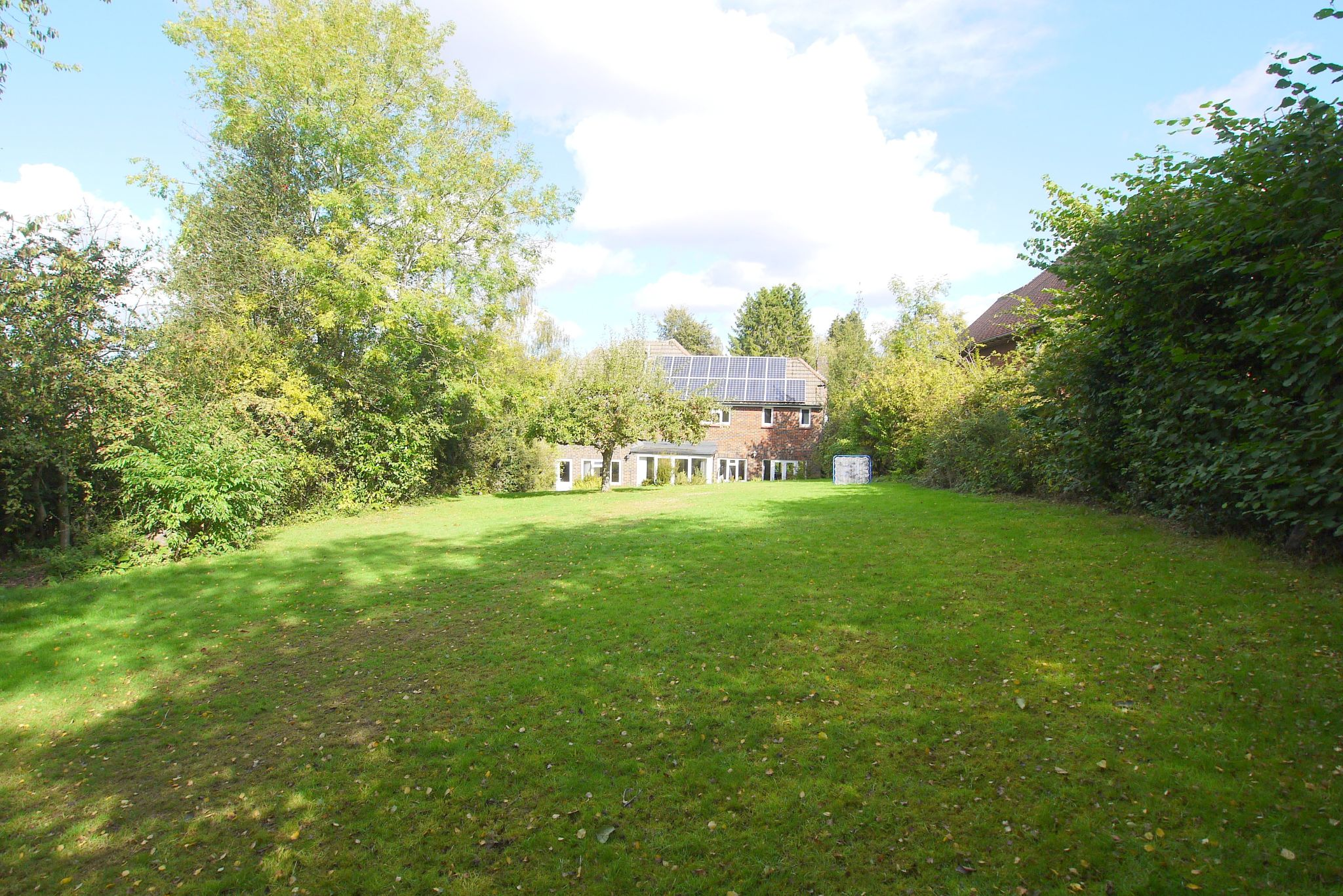 5 bedroom detached house Sale Agreed in Sevenoaks - Photograph 13