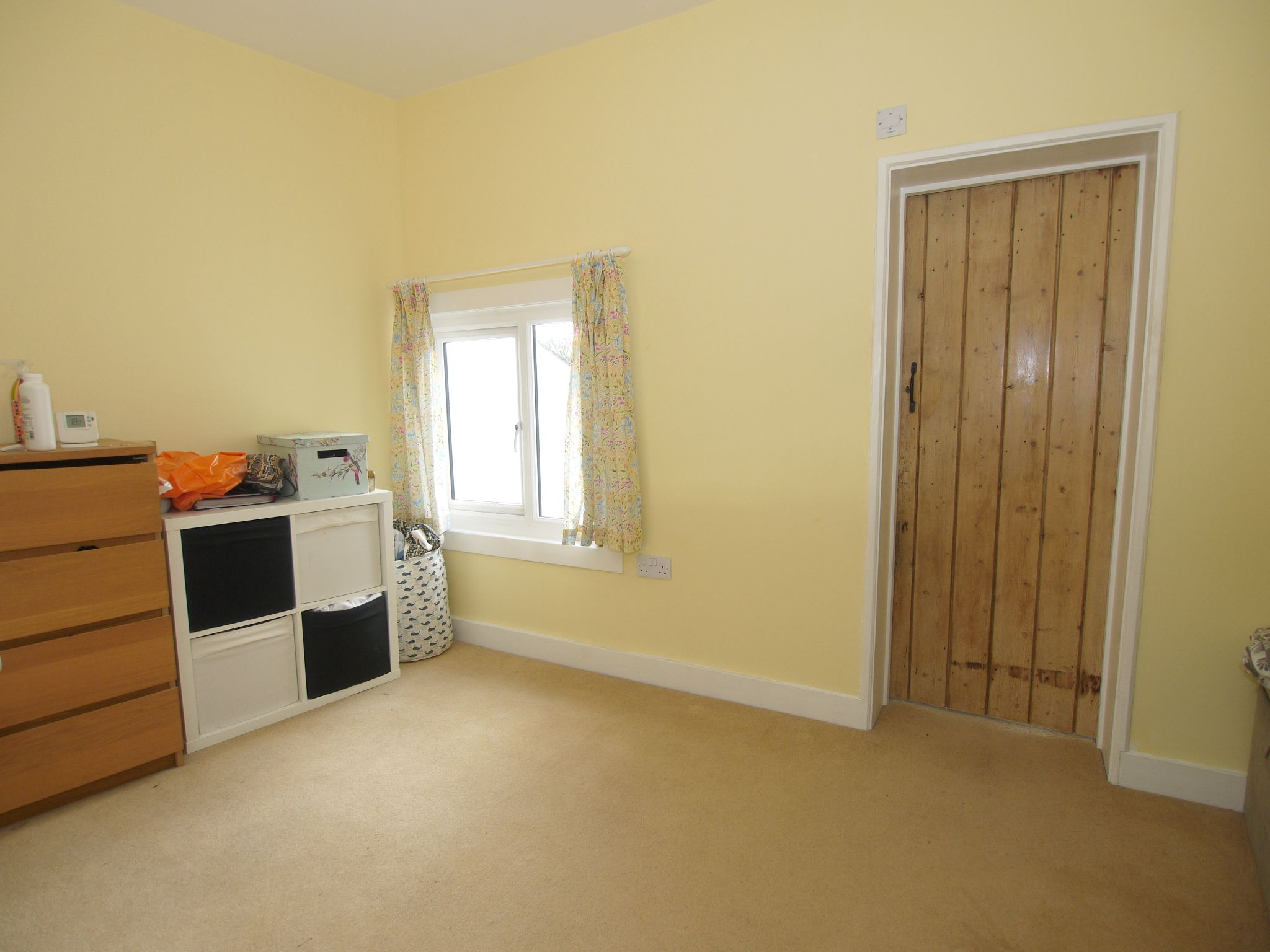 2 bedroom mid terraced house Sale Agreed in Sevenoaks - Photograph 6