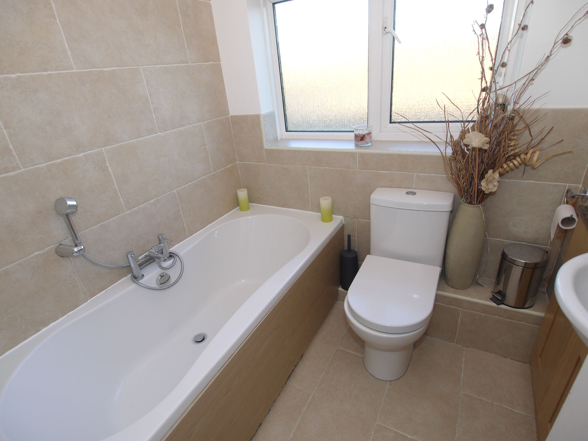 3 bedroom mid terraced house For Sale in Sevenoaks - Photograph 9