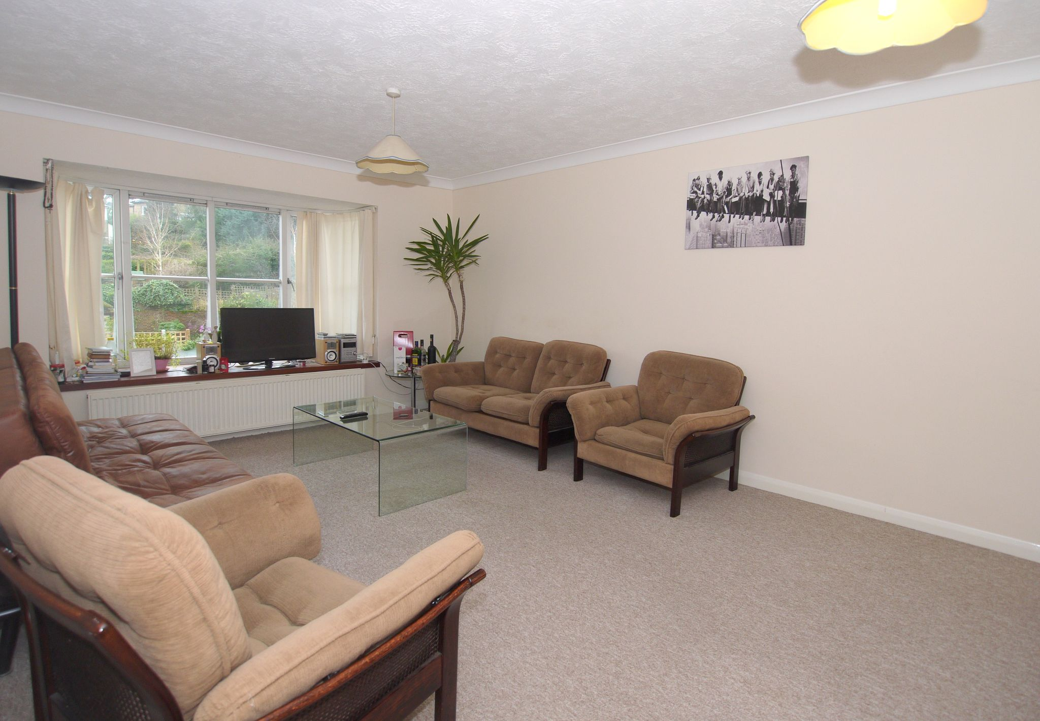 2 bedroom flat flat/apartment For Sale in Sevenoaks - Property photograph