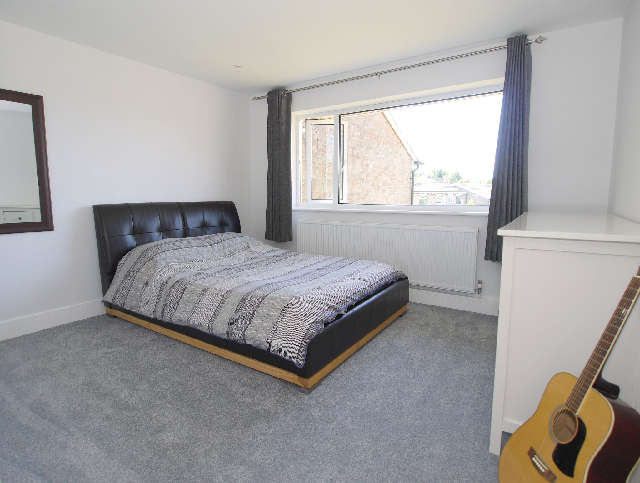 2 bedroom apartment flat/apartment For Sale in Sevenoaks - Photograph 4