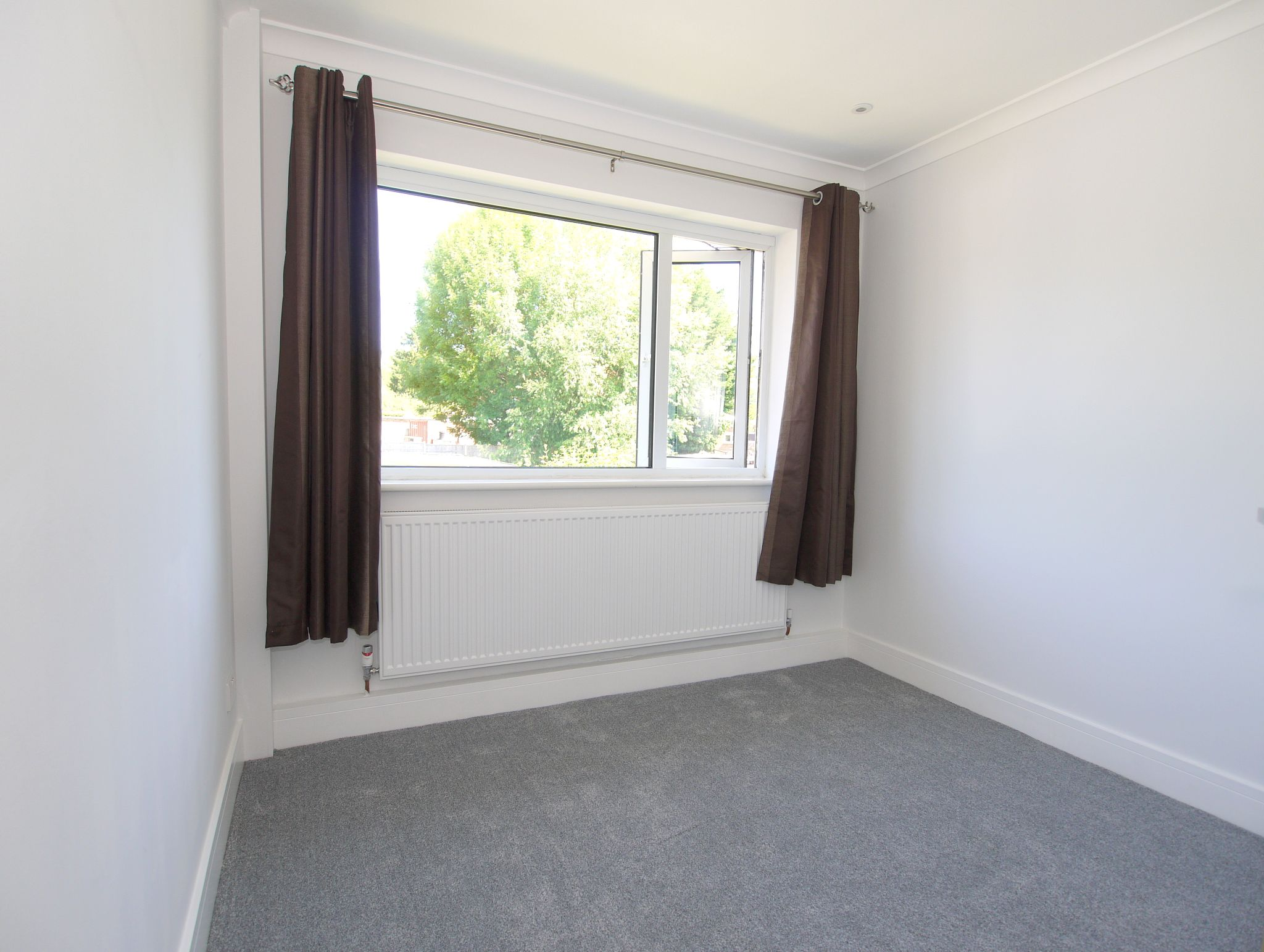2 bedroom apartment flat/apartment Sale Agreed in Sevenoaks - Photograph 5