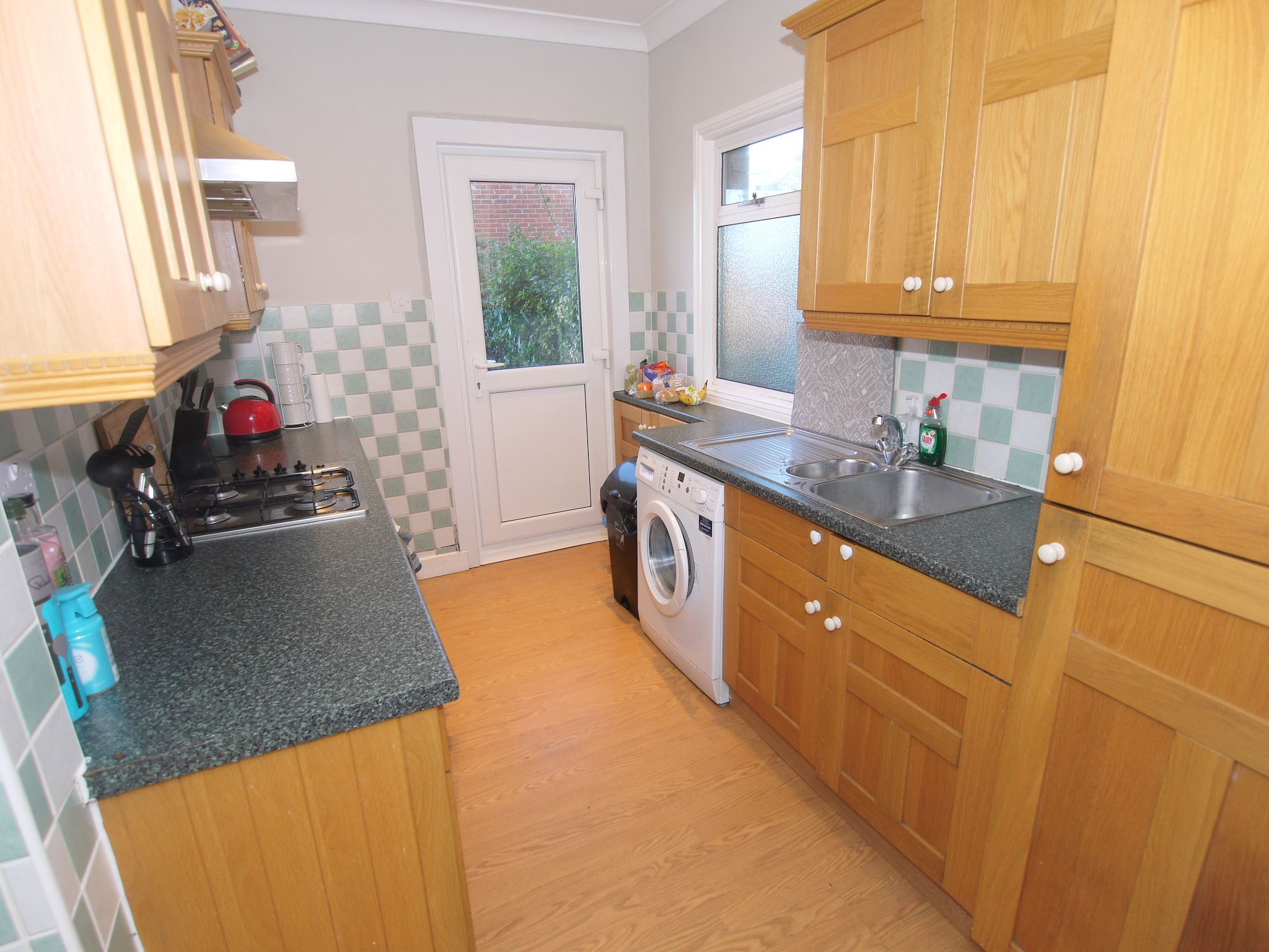 2 bedroom semi-detached house To Let in Sevenoaks - Photograph 2