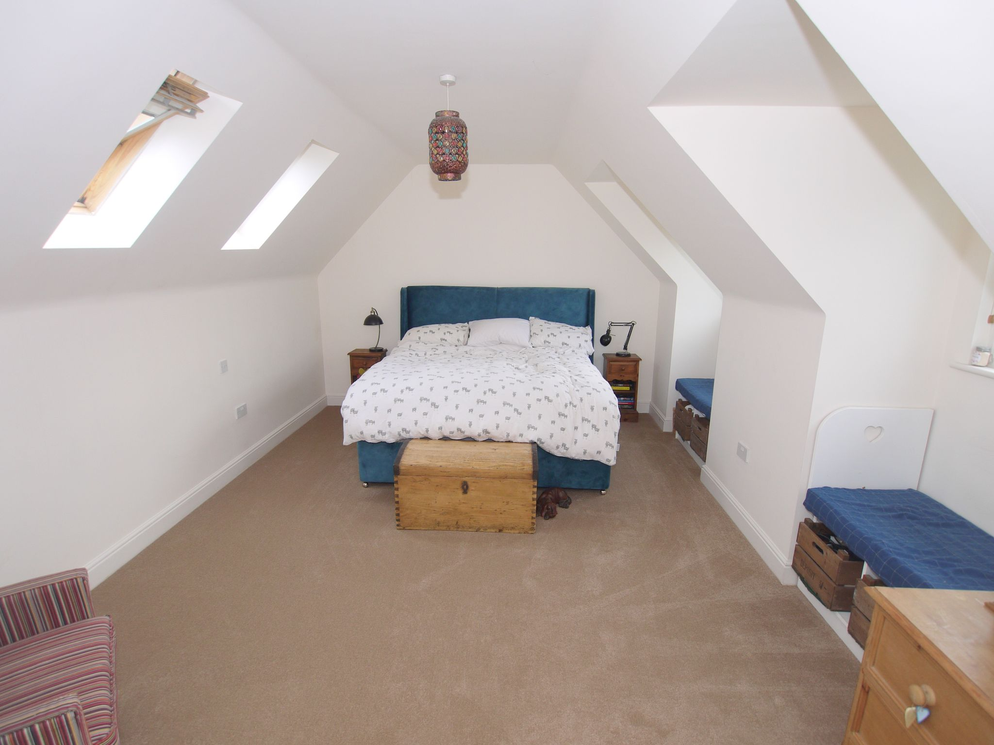 4 bedroom detached house For Sale in Sevenoaks - Photograph 7