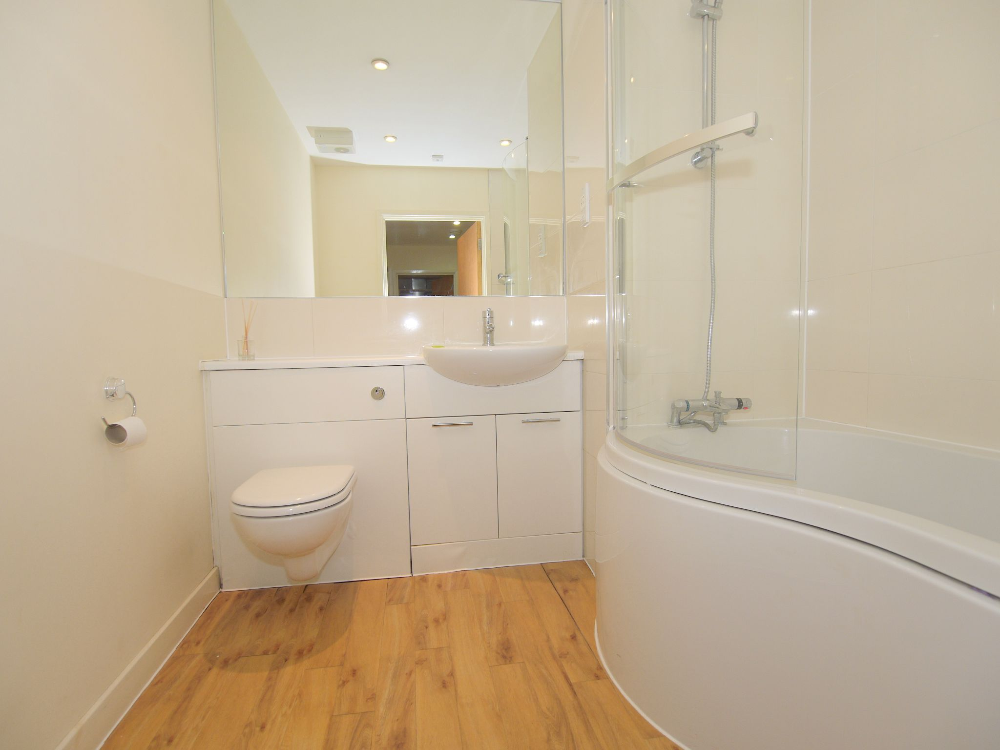 1 bedroom apartment flat/apartment For Sale in Sevenoaks - Photograph 7